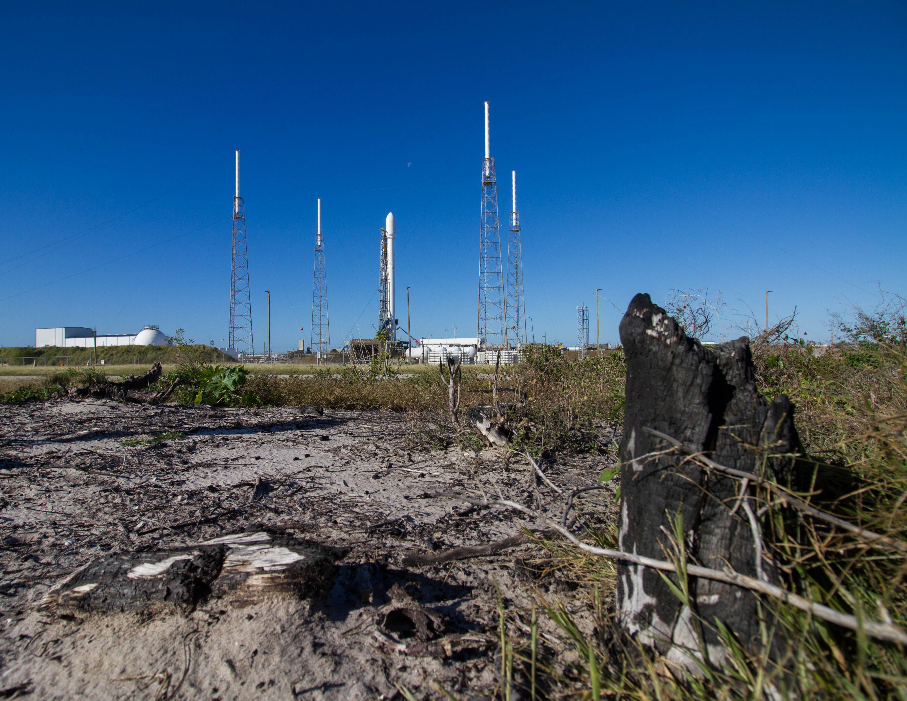 SpaceX Zuma LC40 (Tom Cross) (9)
