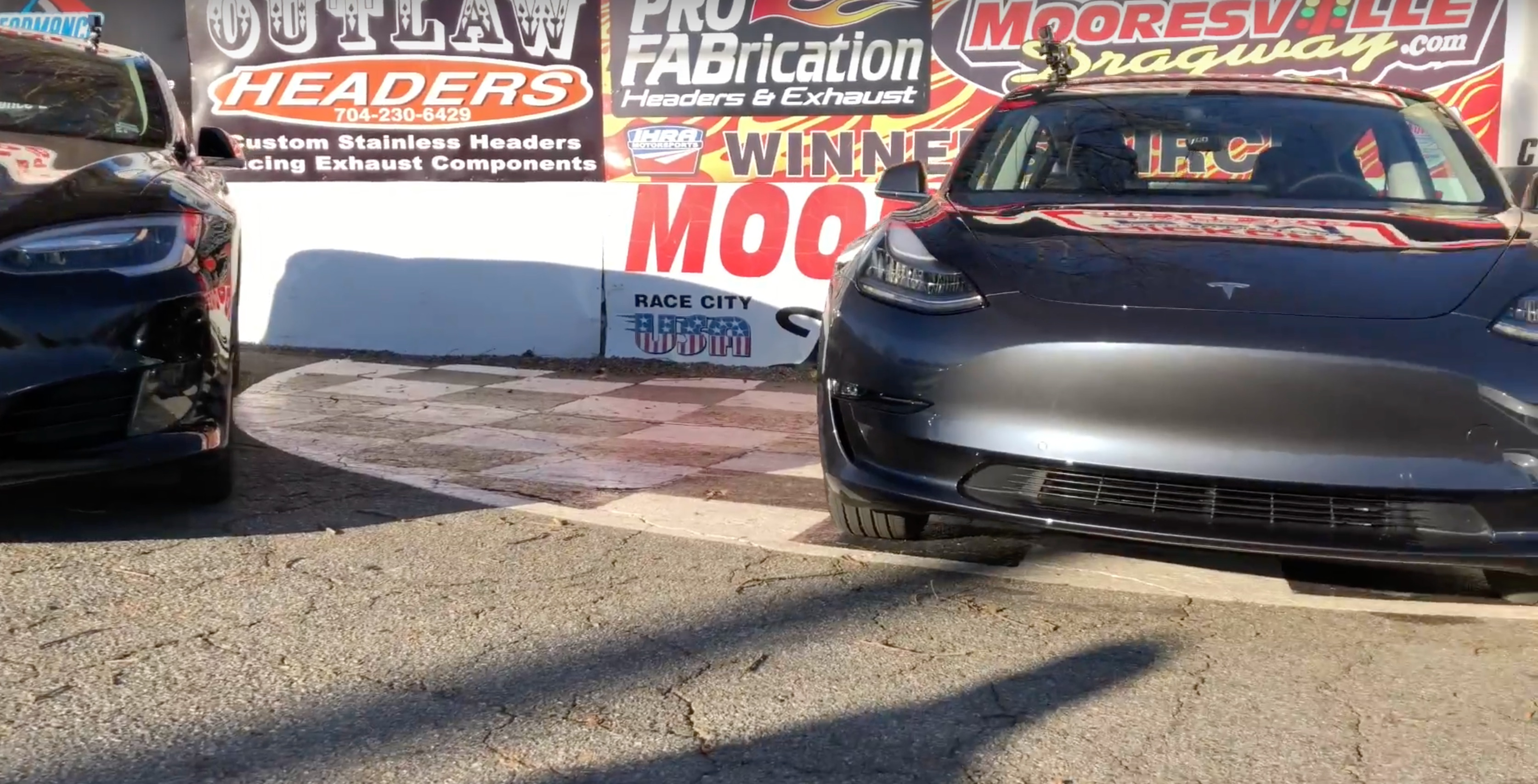 tesla-model-3-drag-race-vs-model-s-75d