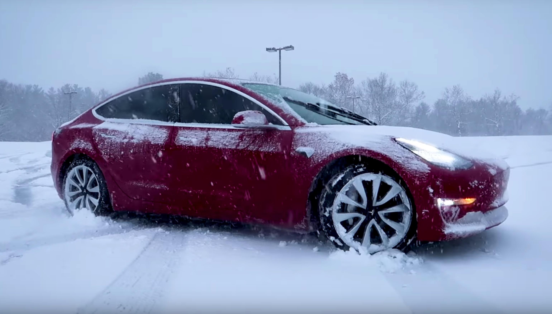 tesla-model-3-winter-driving-snow