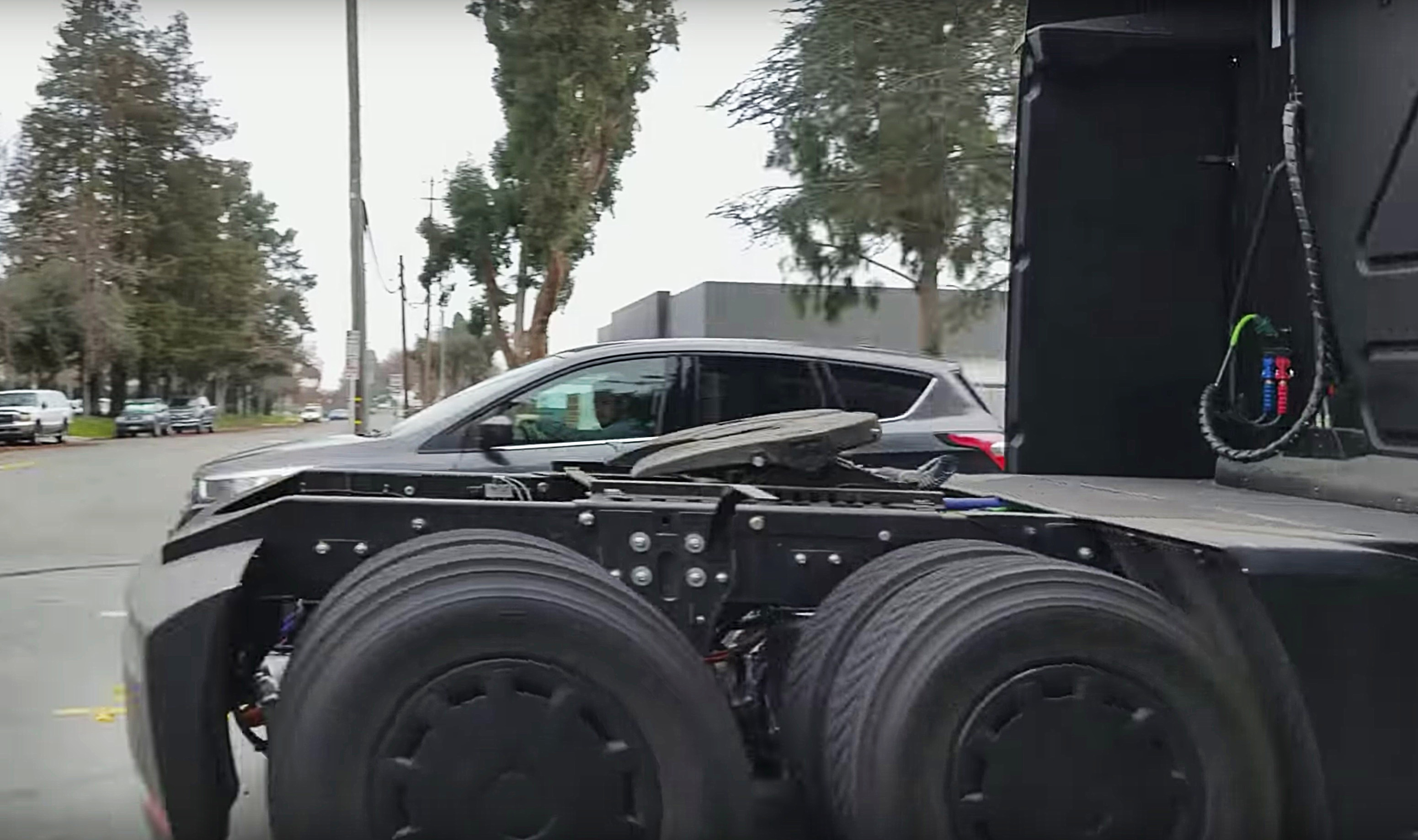 tesla-semi-sighting-streets-jan-2018