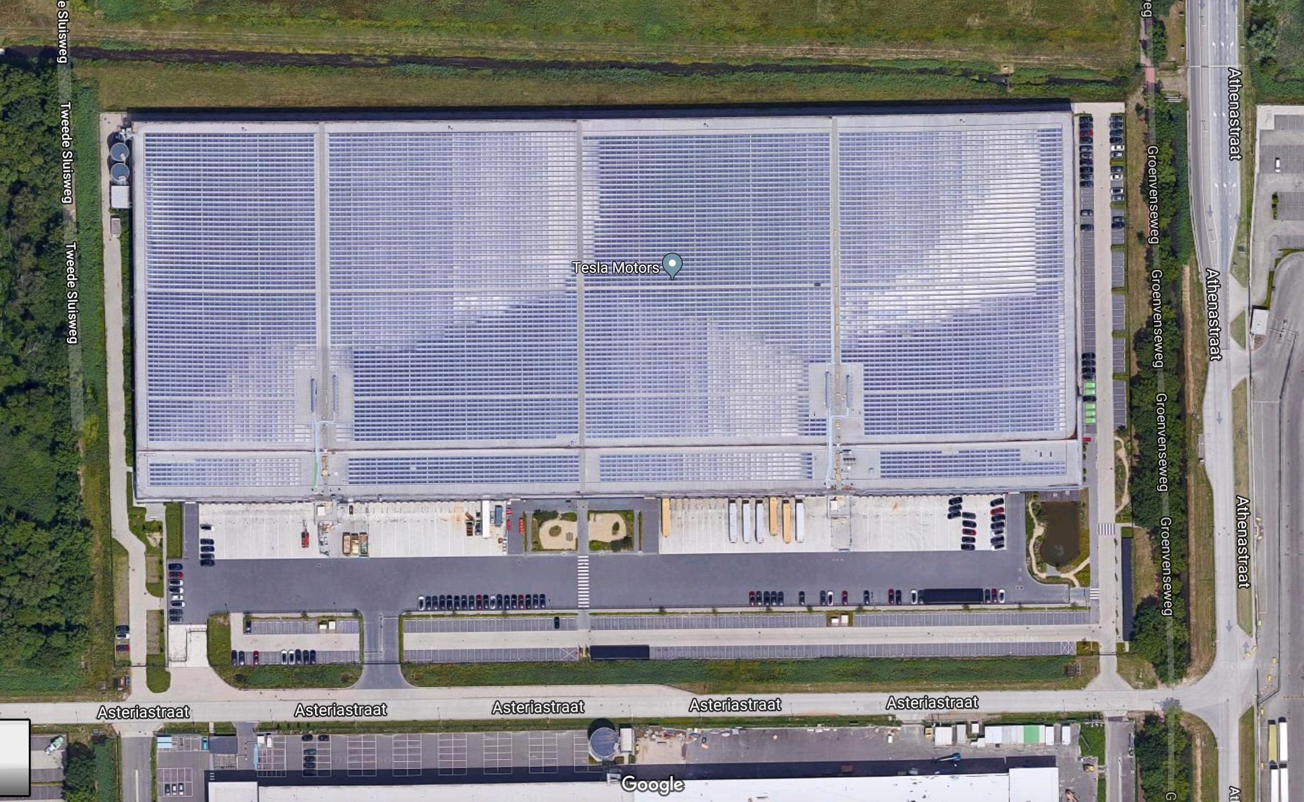 tesla-tilburg-factory-solar-panels