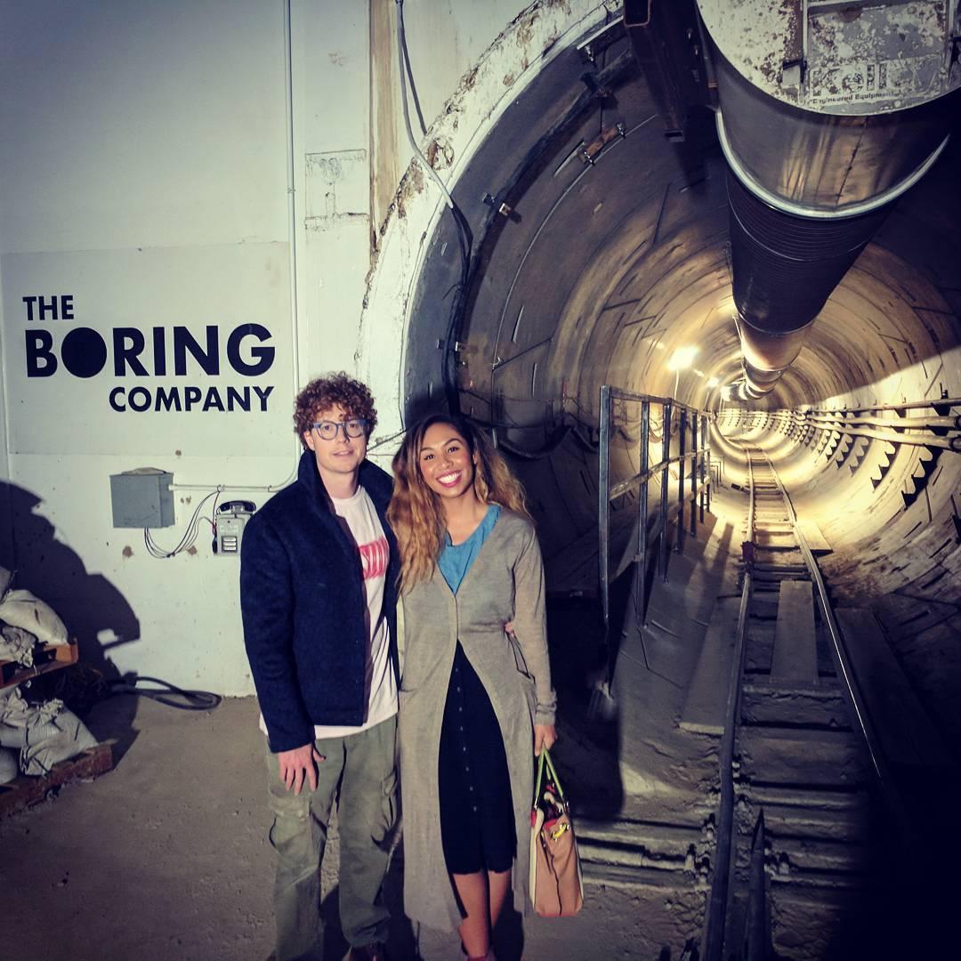 the-boring-company-tunnel-entrance-jan-2018