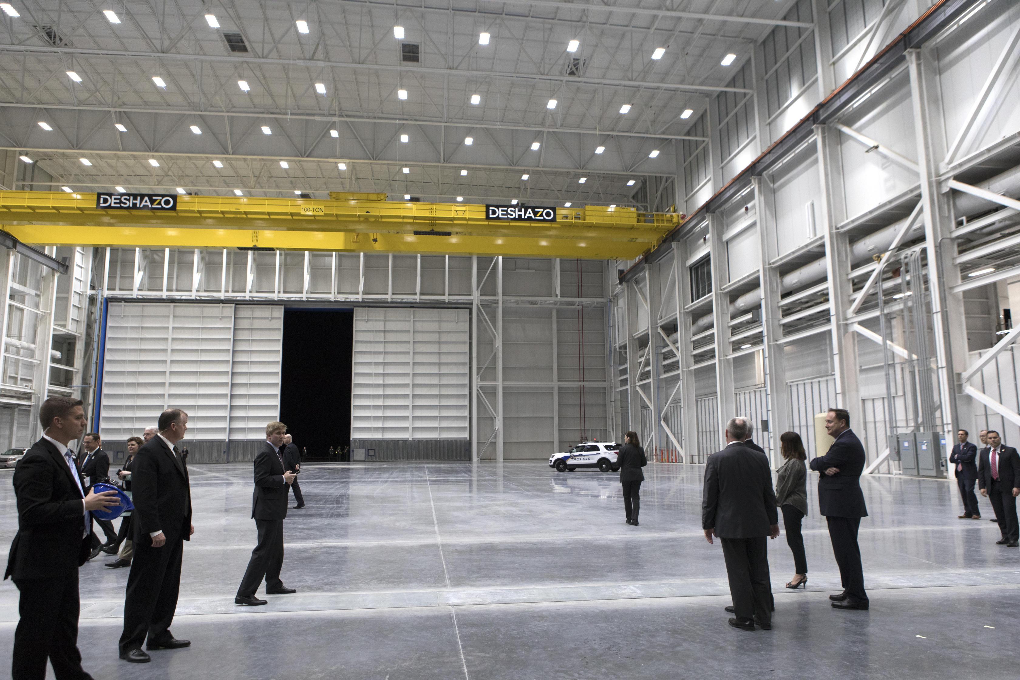 Blue Origin New Glenn factory interior 1 (NASA)(c)