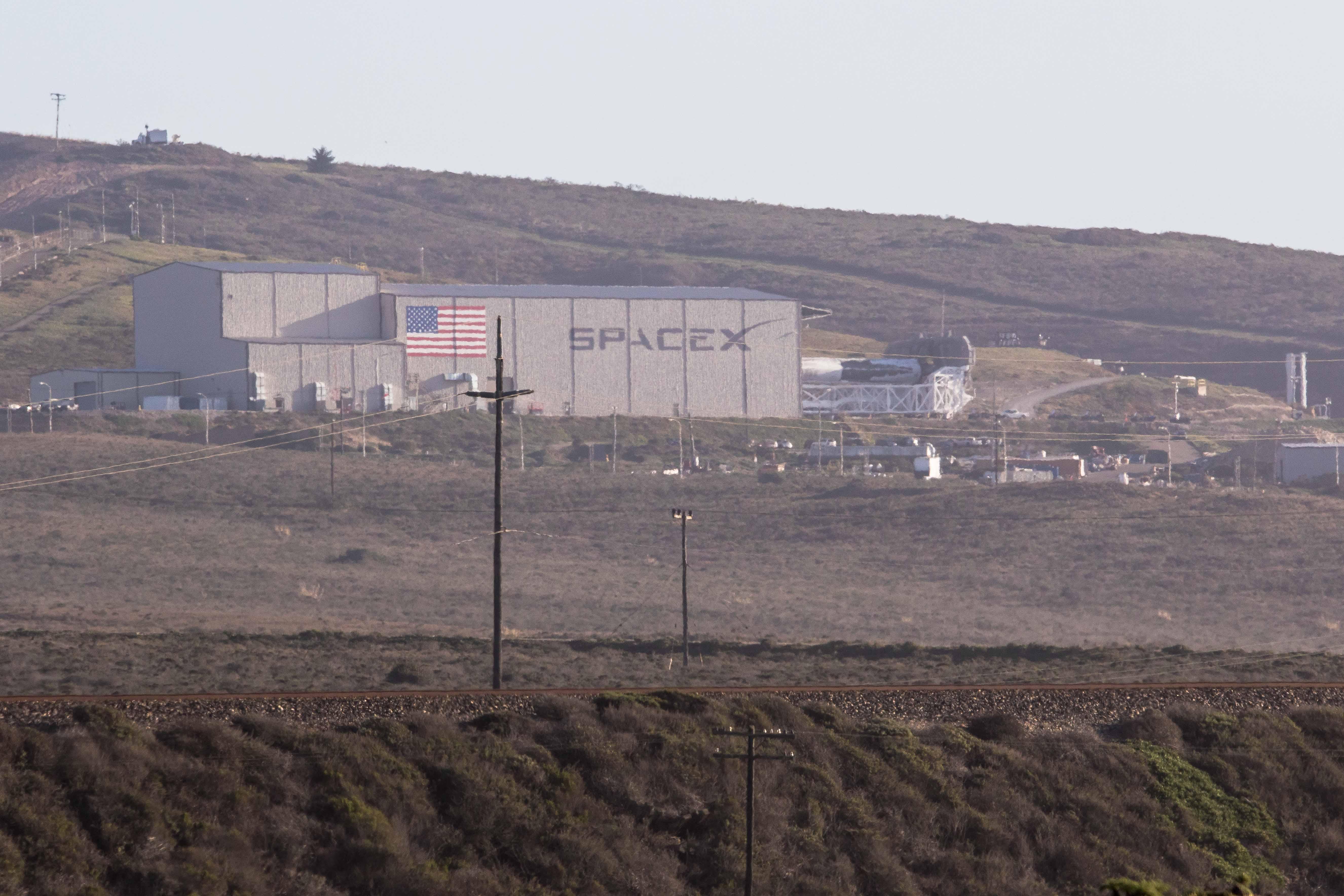 Falcon 9 1038 rollout 2 021718 (Pauline Acalin)