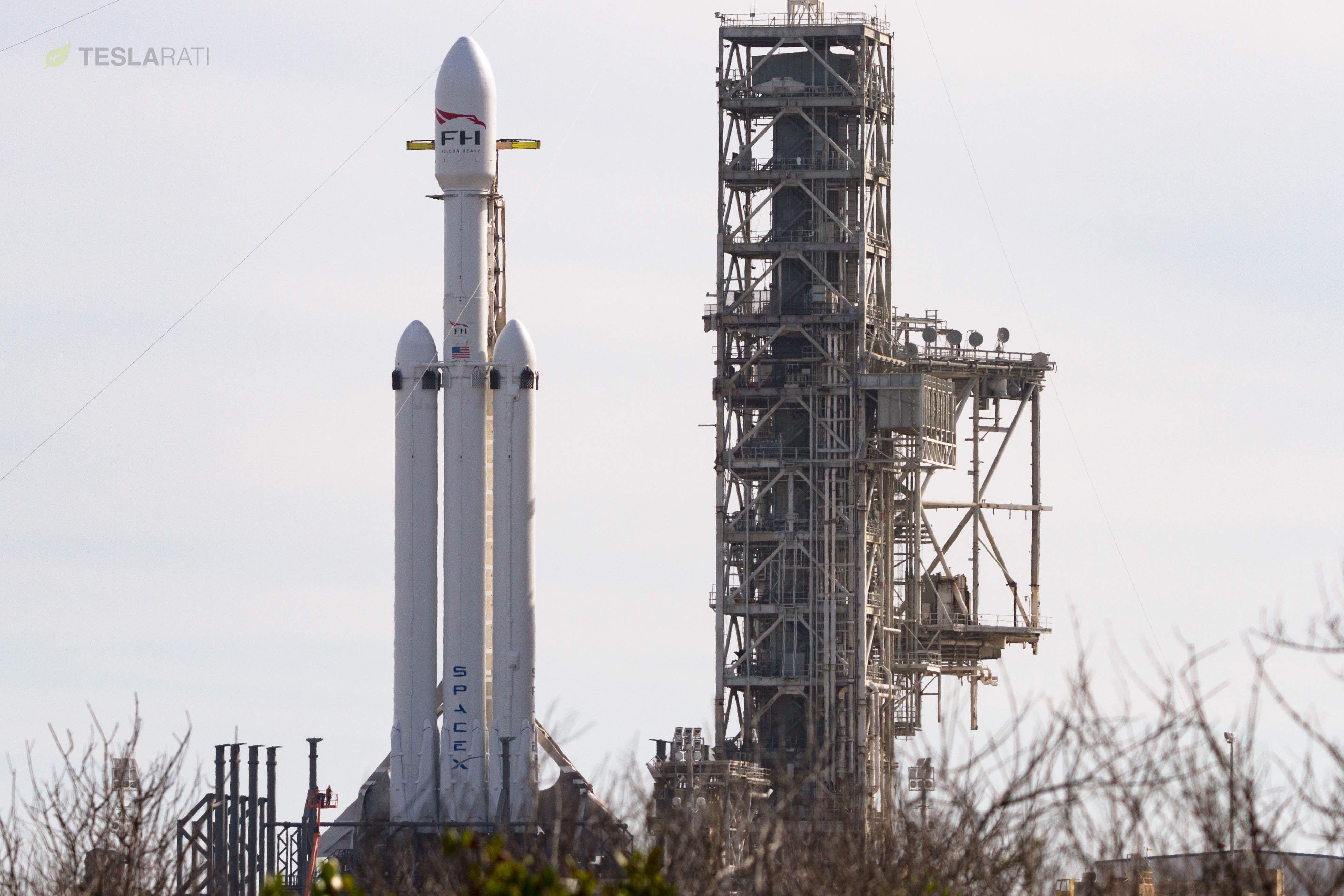 Falcon Heavy 3 (Tom Cross)
