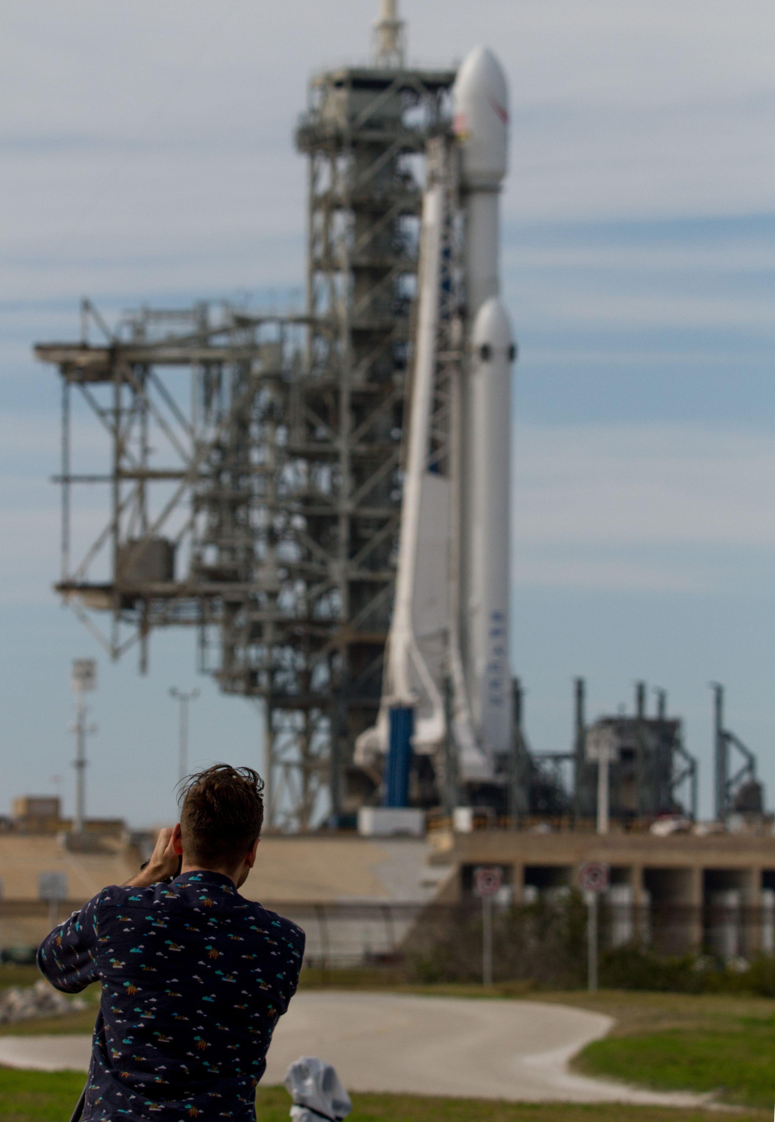 Falcon Heavy Feb5 (Tom Cross) (6)