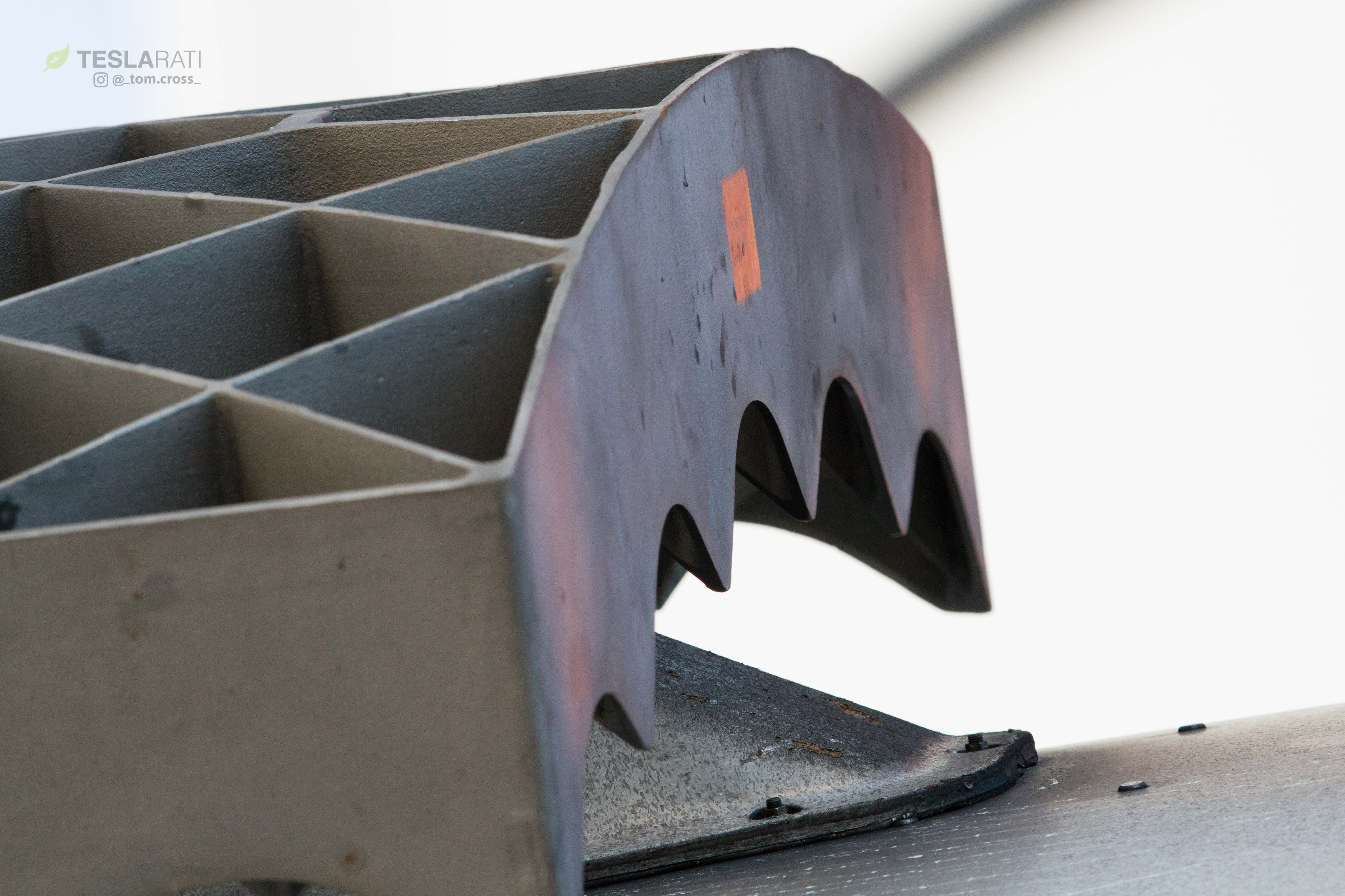 Falcon Heavy display grid fins (Tom Cross) (12)