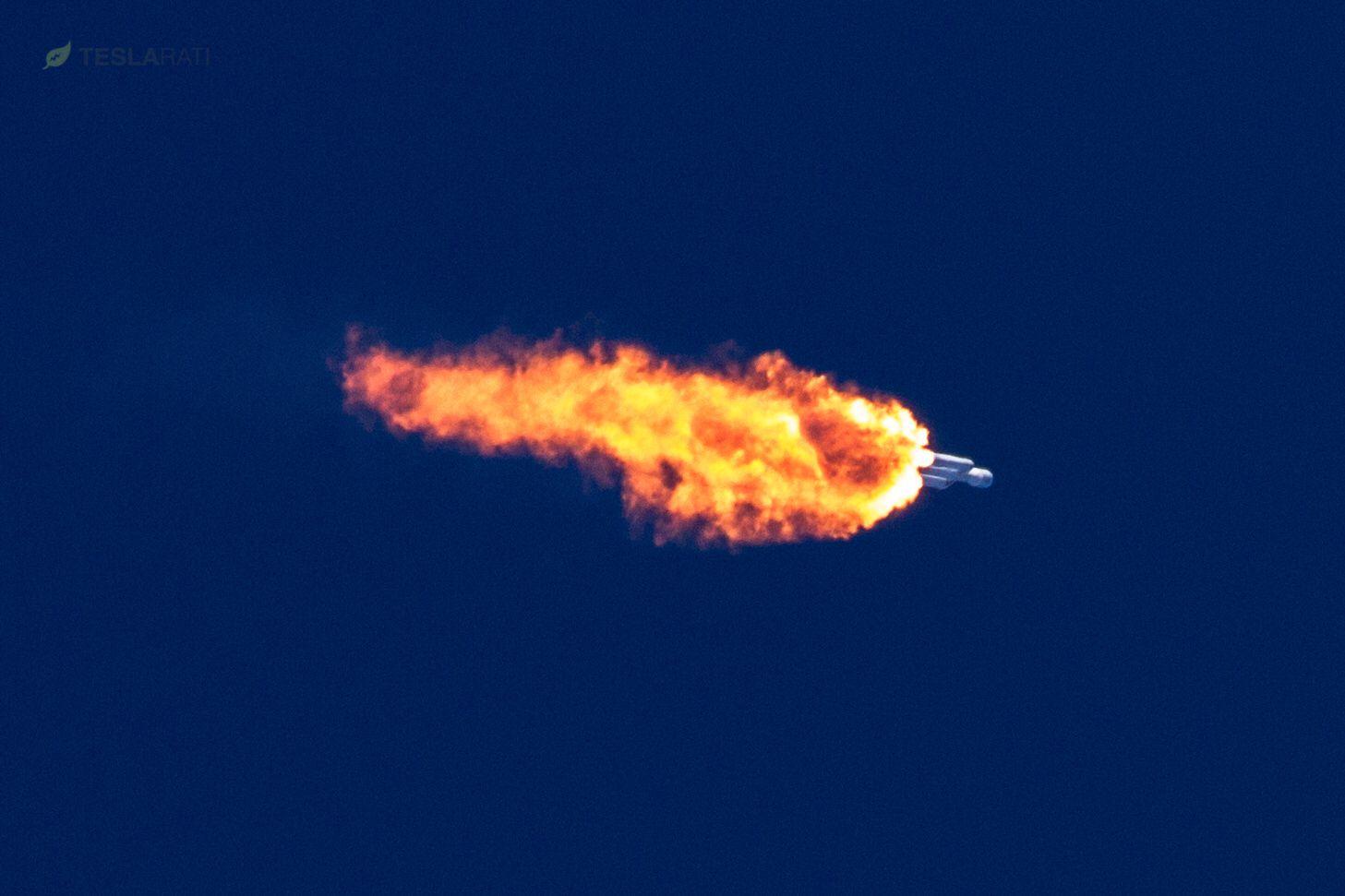 Falcon Heavy roars towards orbit (Tom Cross)
