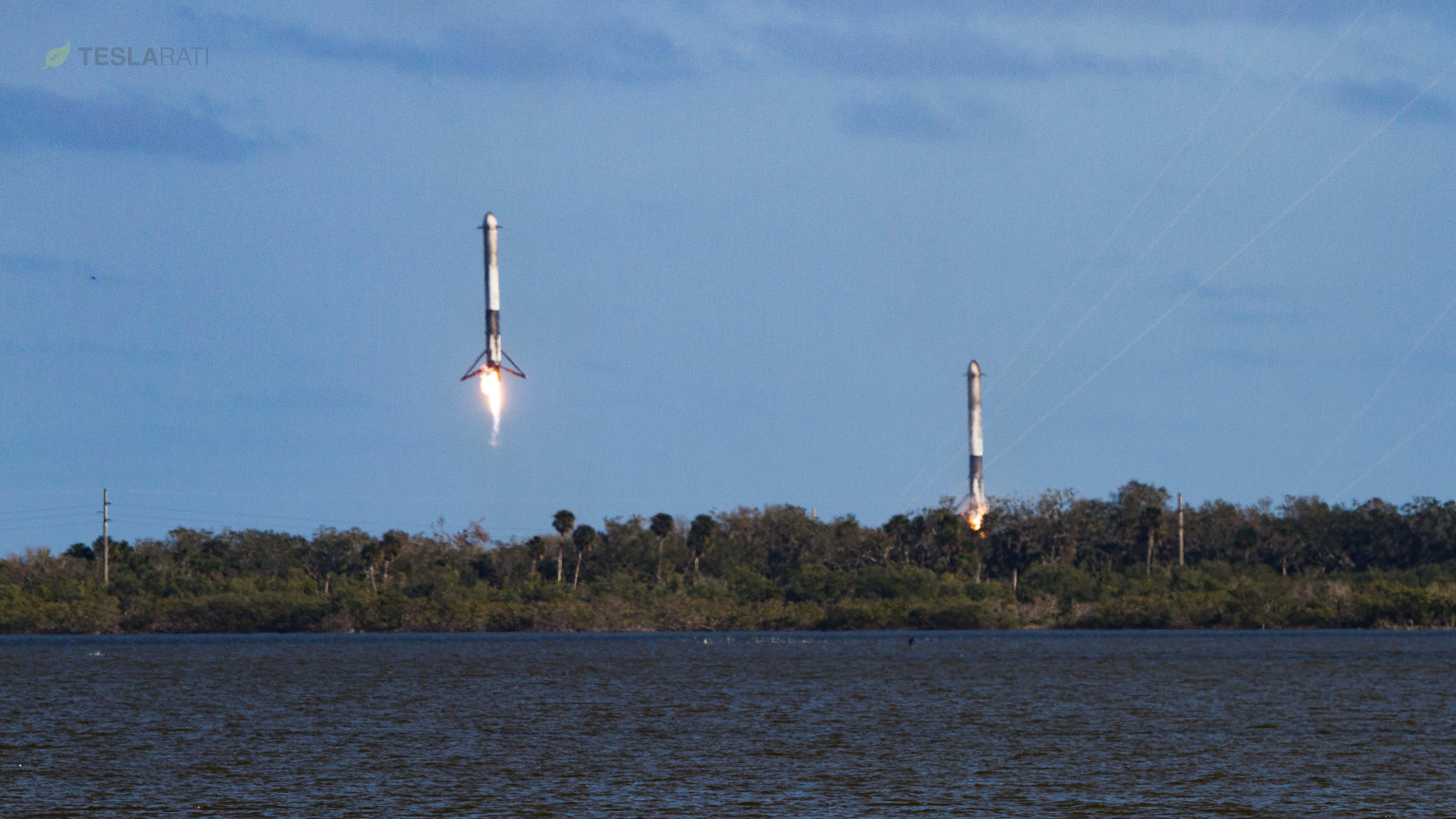 Falcon Heavy side booster landings 2 (SpaceX)