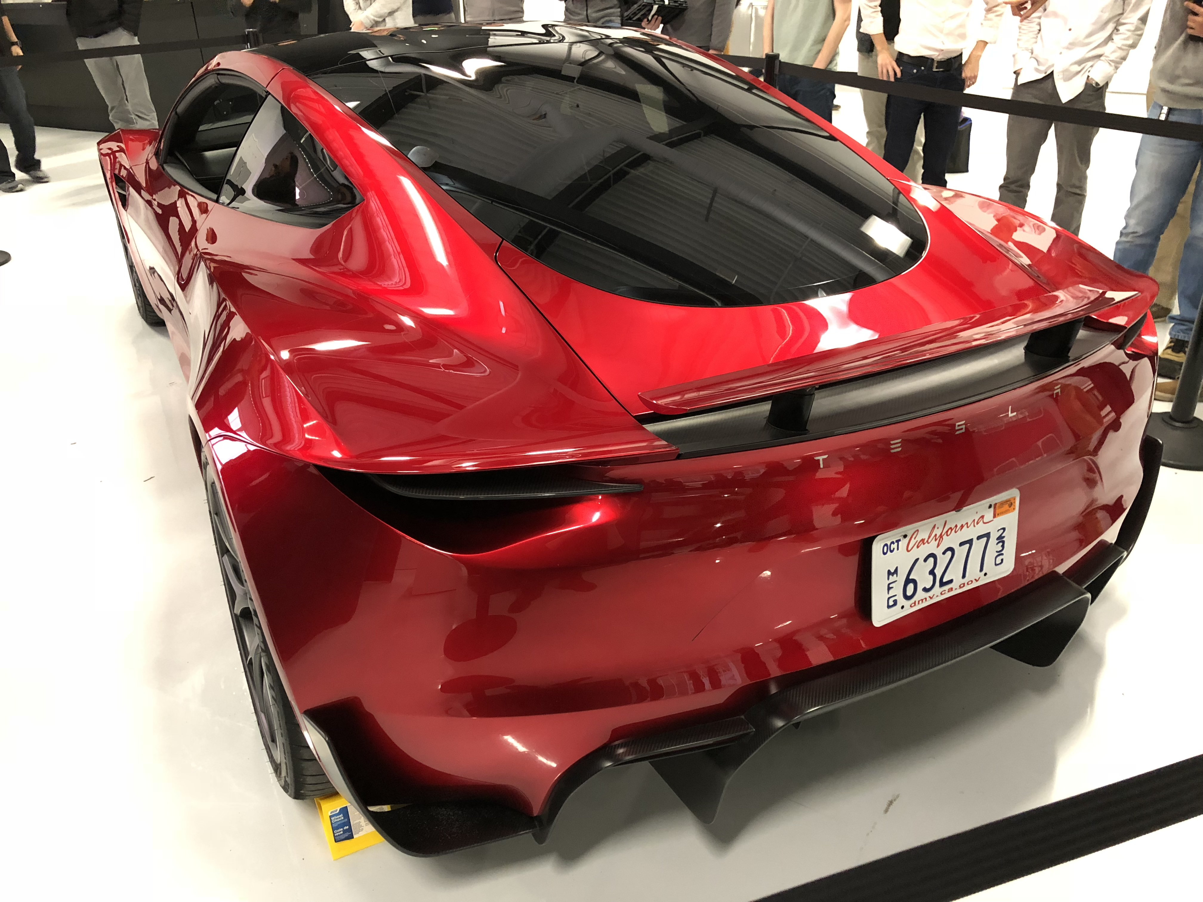 red-tesla-roadster-palo-alto-hq-15