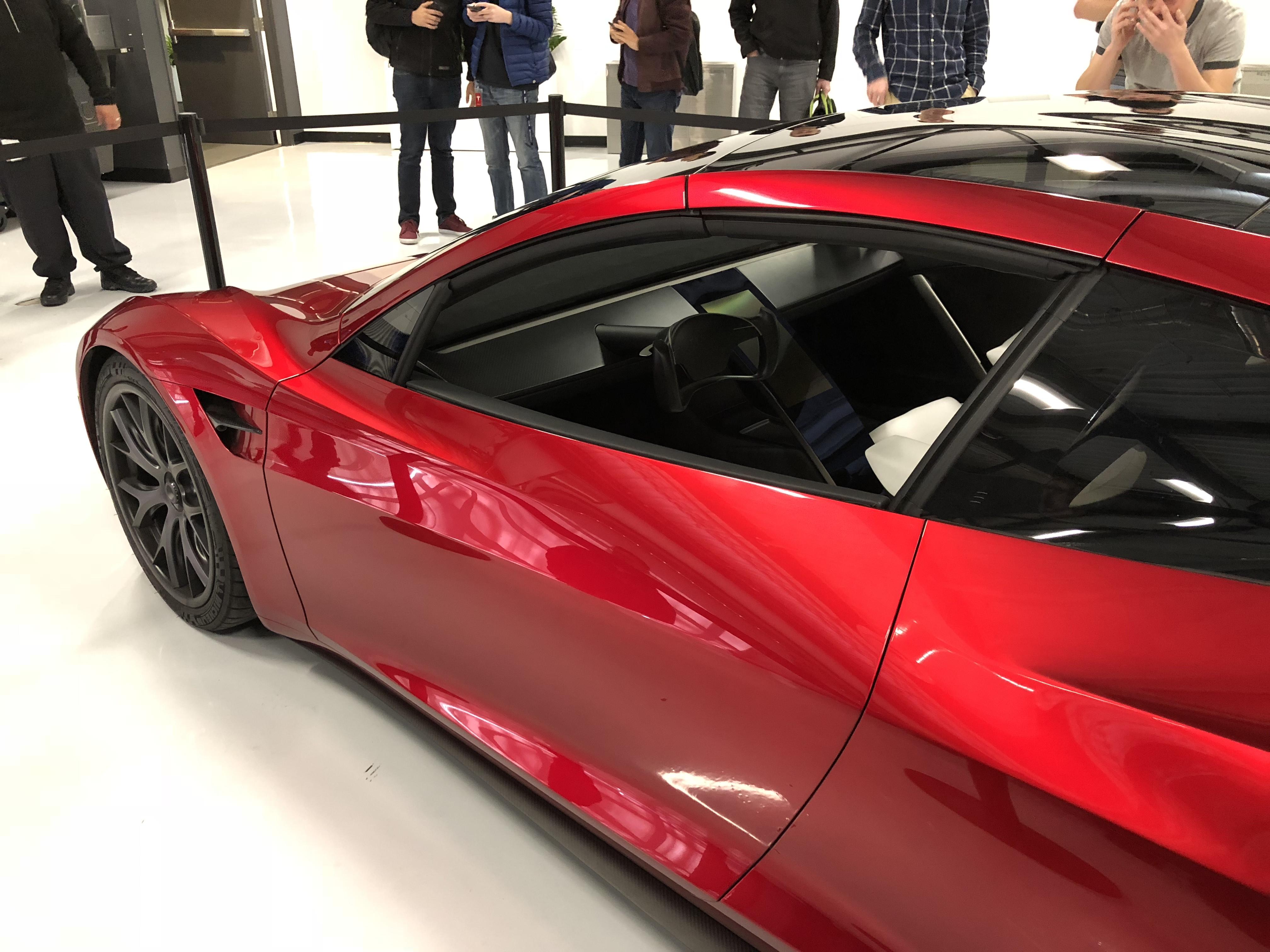 Red tesla roadster palo alto hq 4 for Tesla motors palo alto