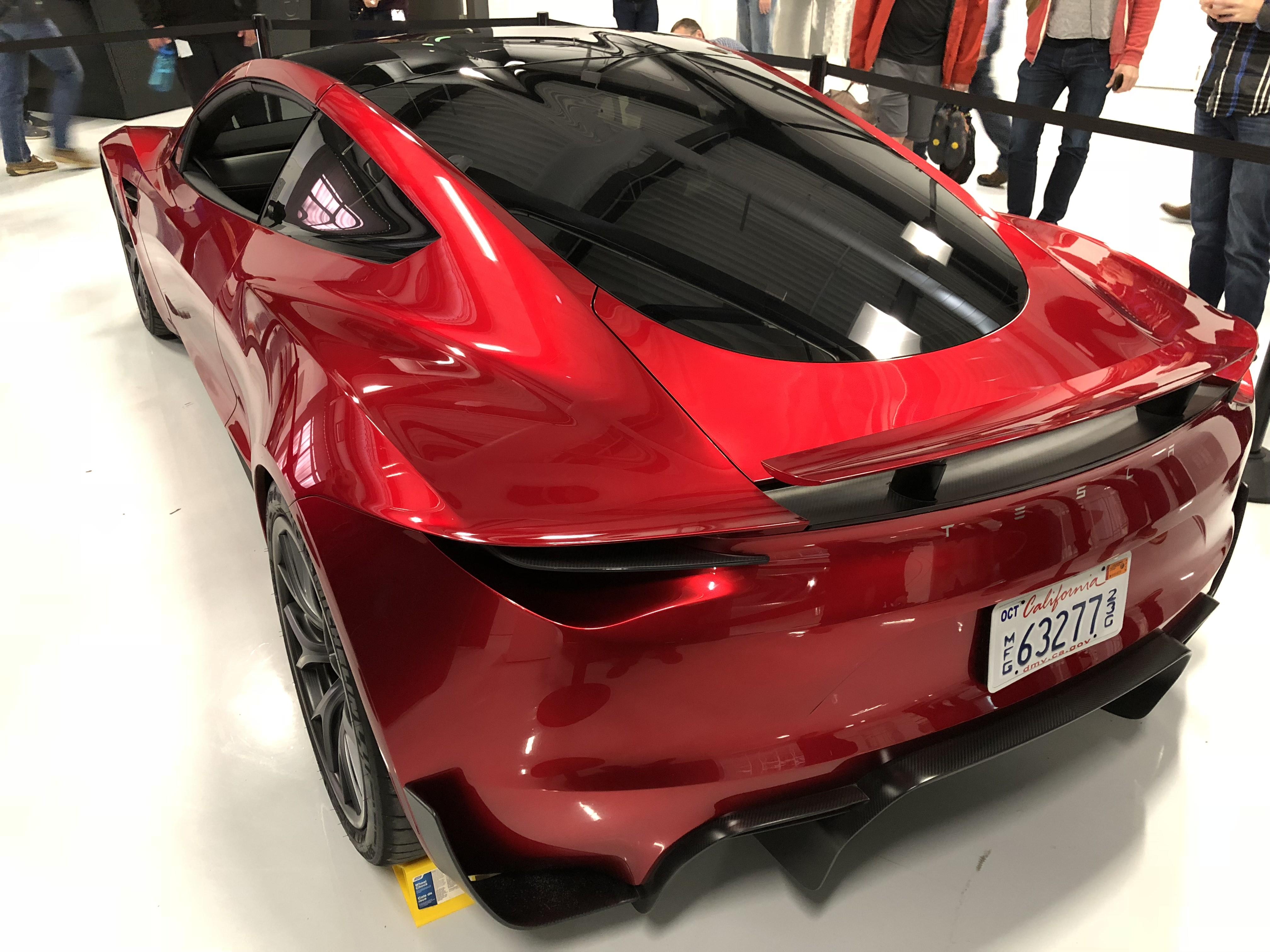 Red tesla roadster palo alto hq 9 for Tesla motors palo alto