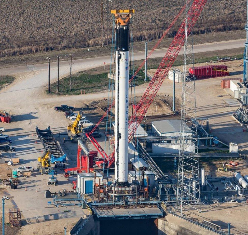space-falcon9-block-5-texas