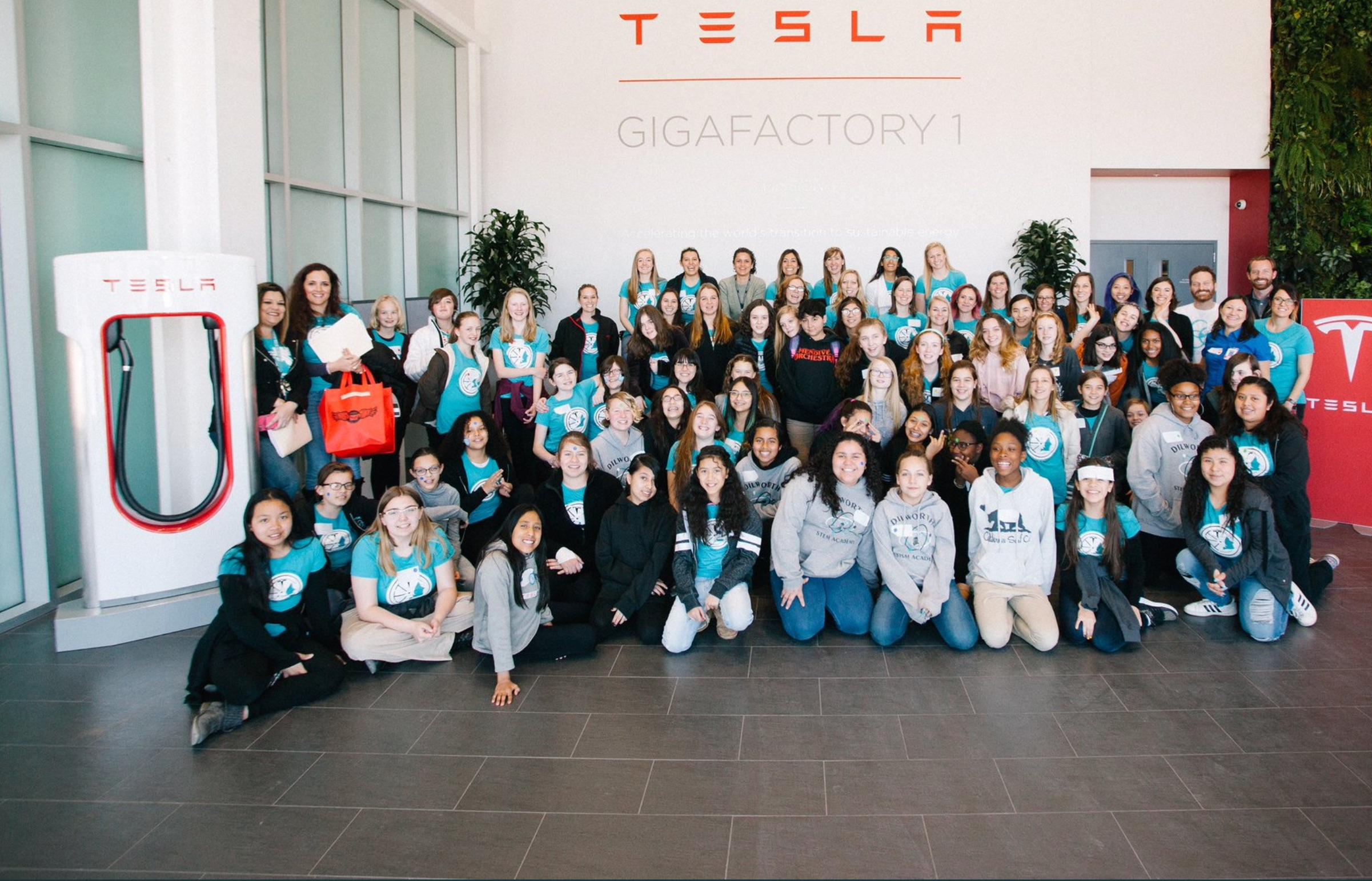 tesla-gigafactory-event-girl-engineering-day