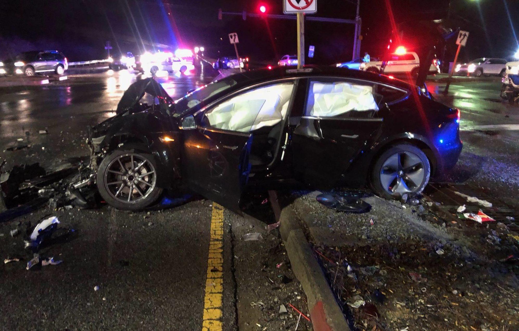 Tesla Energy Solar >> Tesla Model 3 owner shares insight on vehicle safety after 60 mph crash
