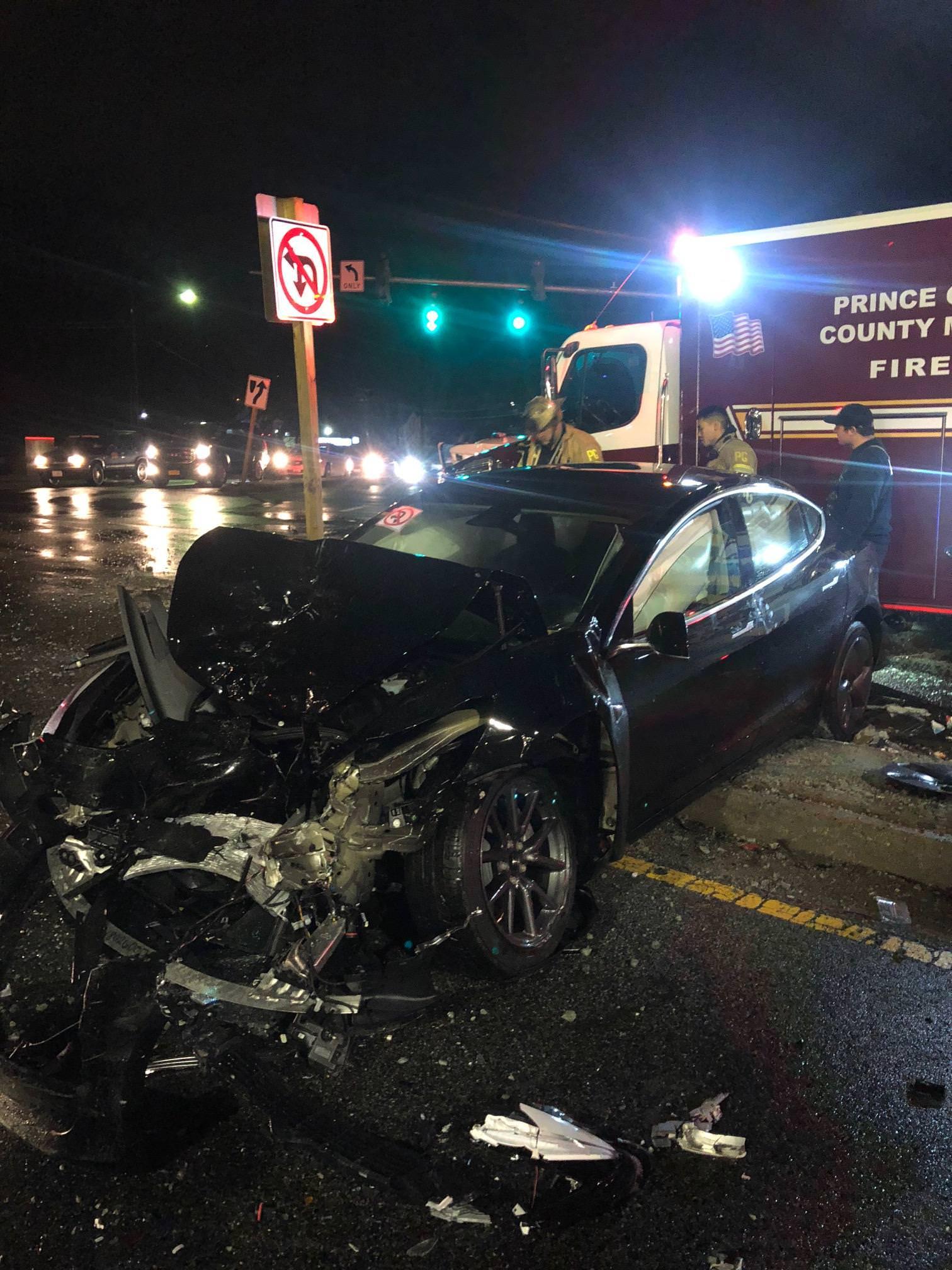 tesla-model-3-crash-accident-4