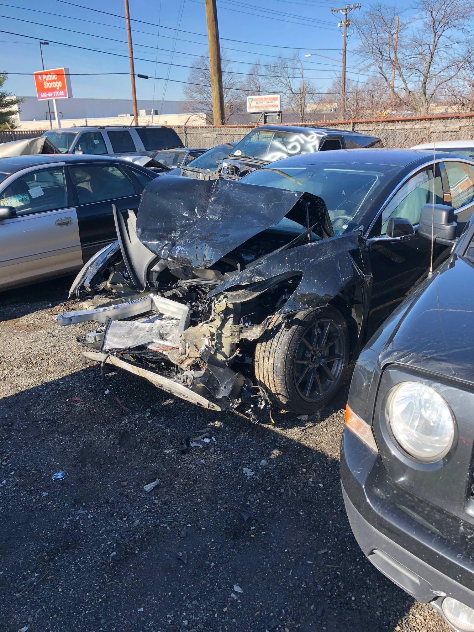 tesla-model-3-crash-accident-5