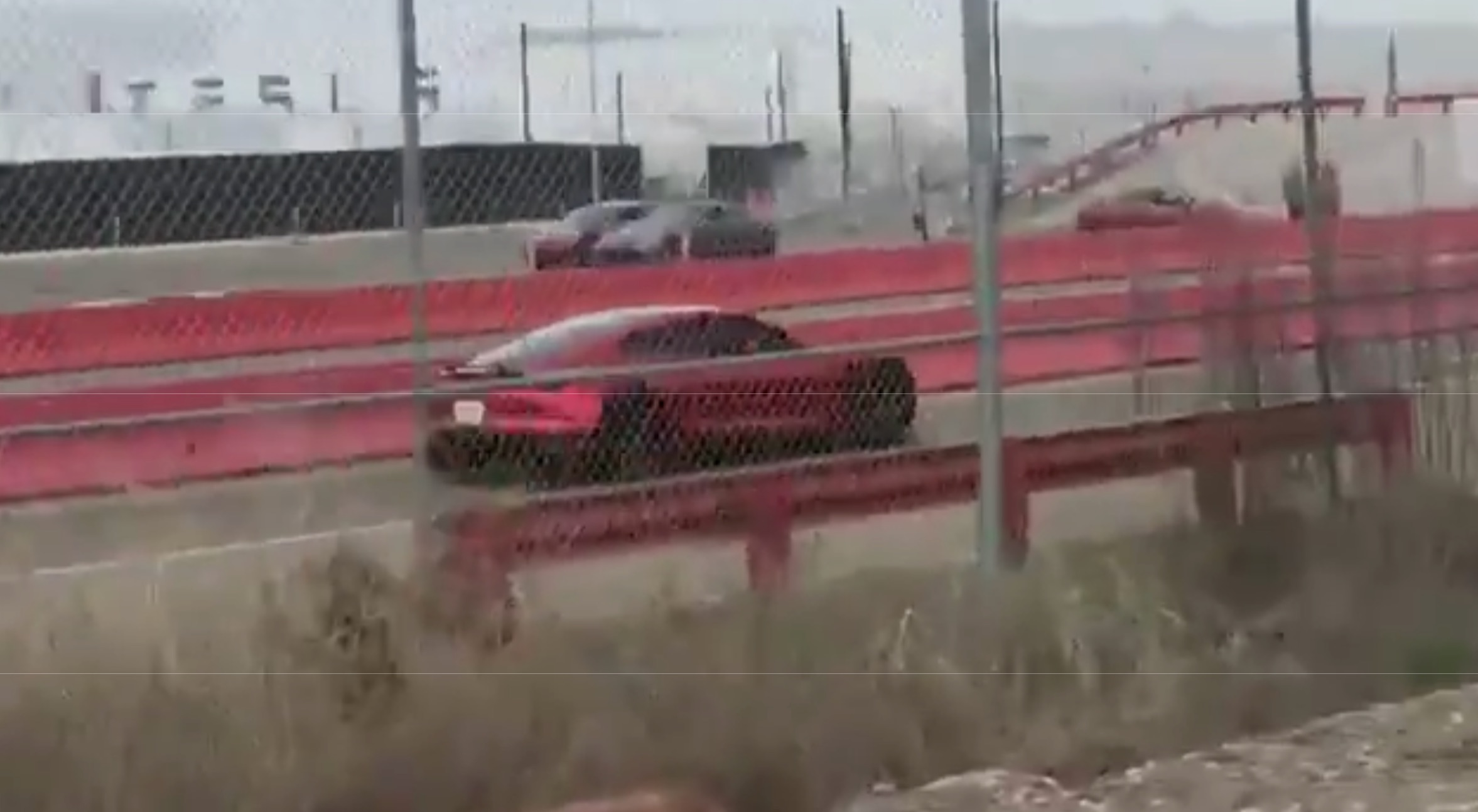 tesla-roadster-spy-shot-fremont-factory-test-track