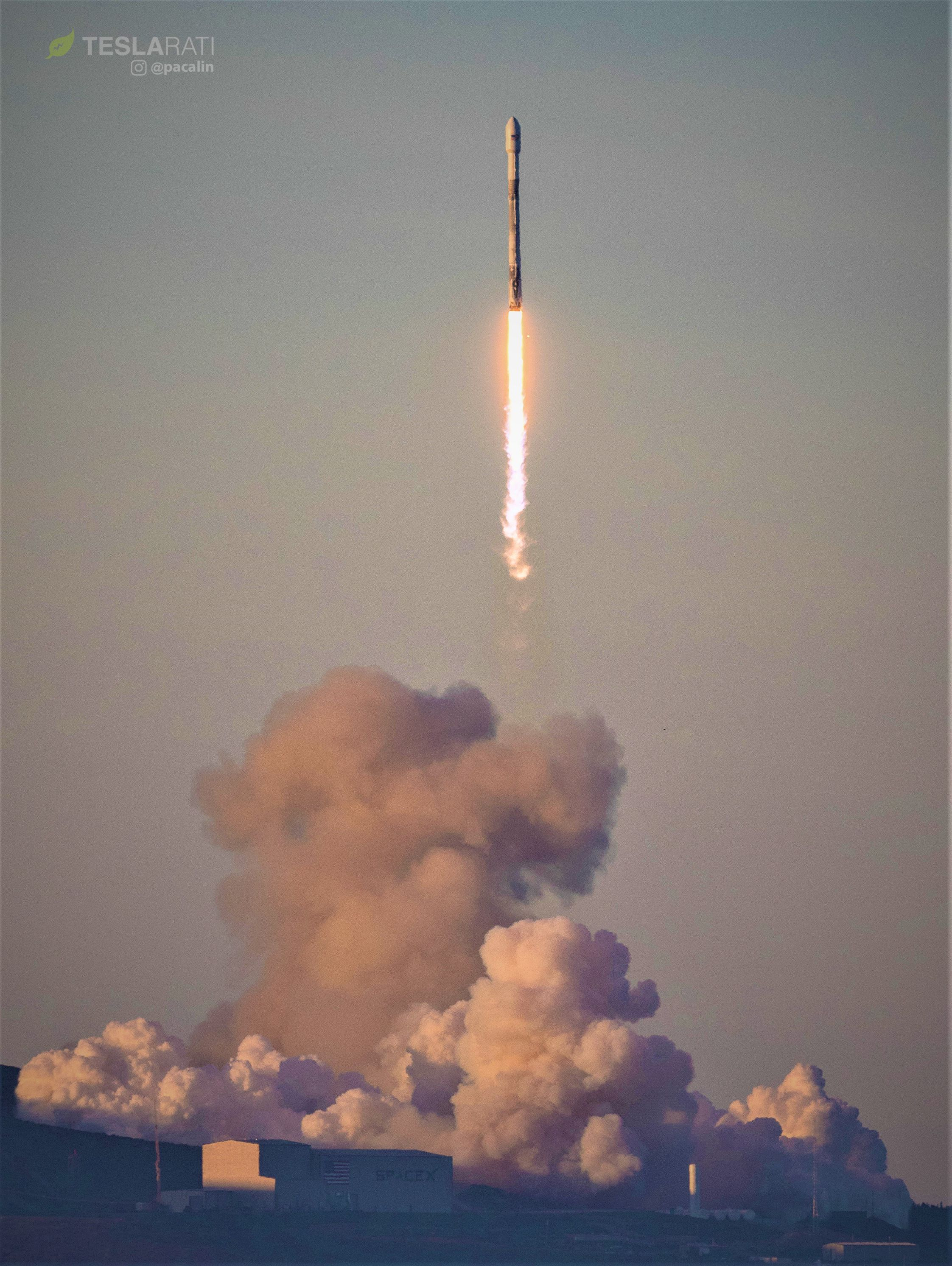 Falcon 9 1041 soars into sunlight (Pauline Acalin)(c)