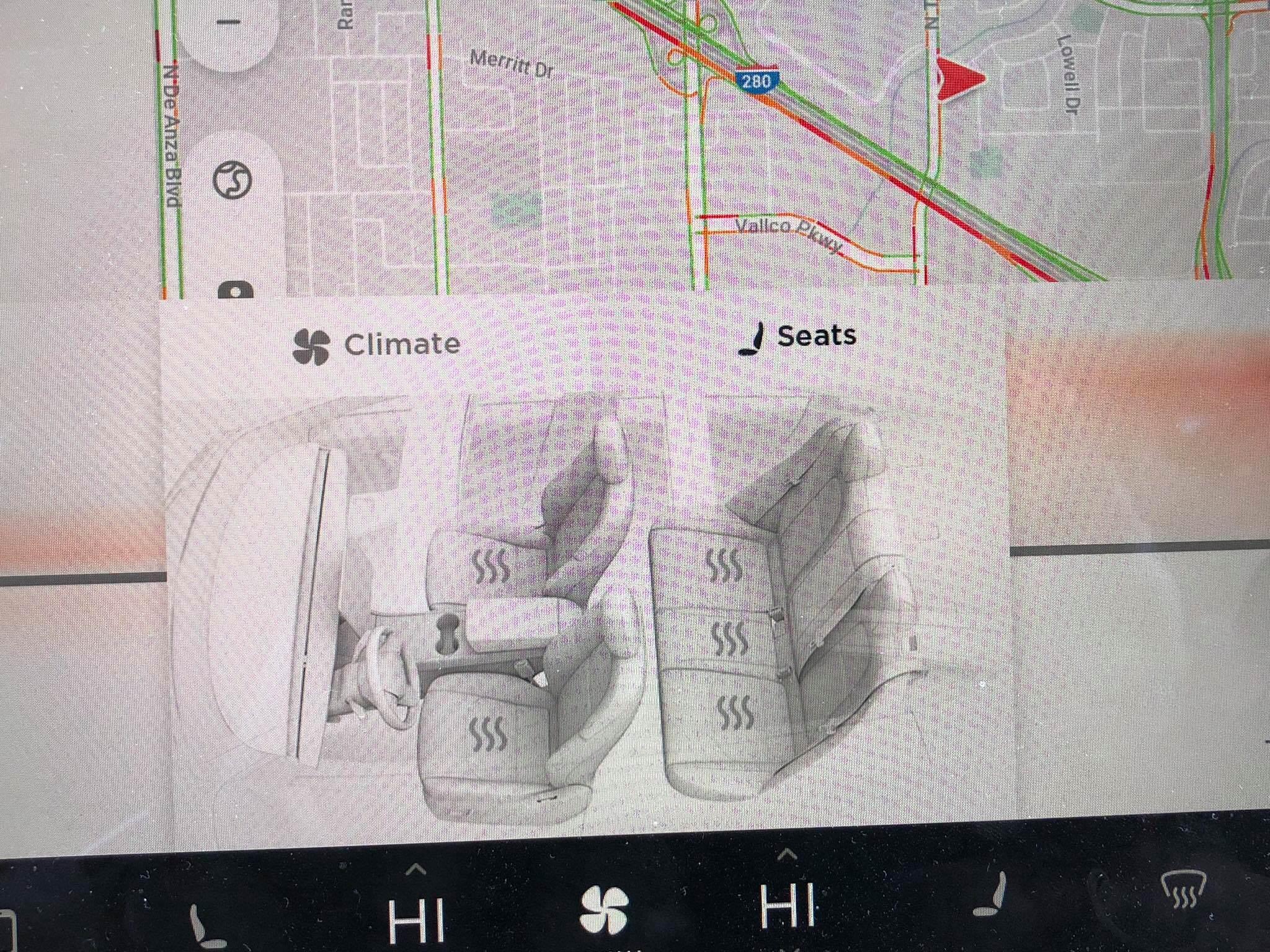 Model 3 update 2018.10.1 heated rear seats (4) [Credit: Raghuram Kamath via helicopterrun/Reddit]