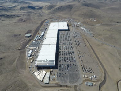 Tesla S Solar Rooftop Array At Gigafactory 1 Is Starting