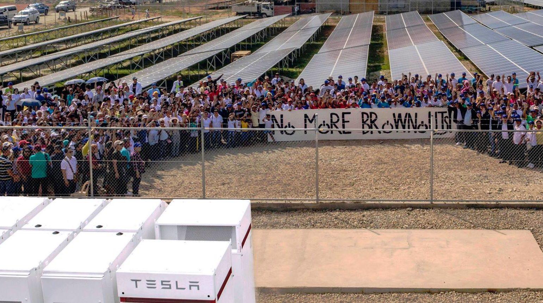 Tesla Powerpack Phils [Credit: Solar Phils]