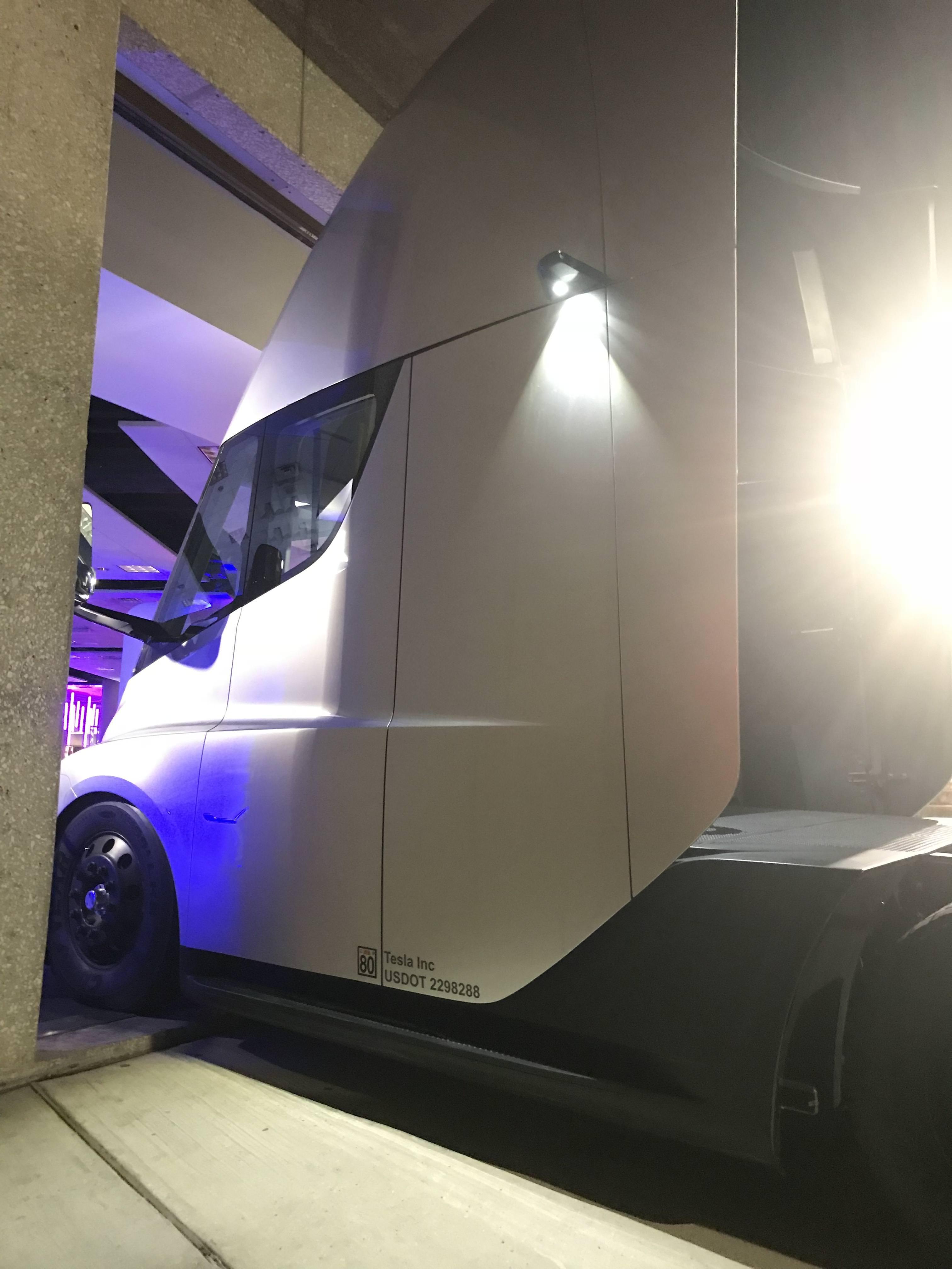 Tesla Semi PepsiCo Plano TX (3) [Credit: Ryan O'Donnell/Imugr]