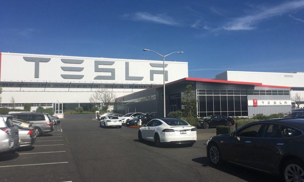 tesla-fremont-factory-supercharger-station-line