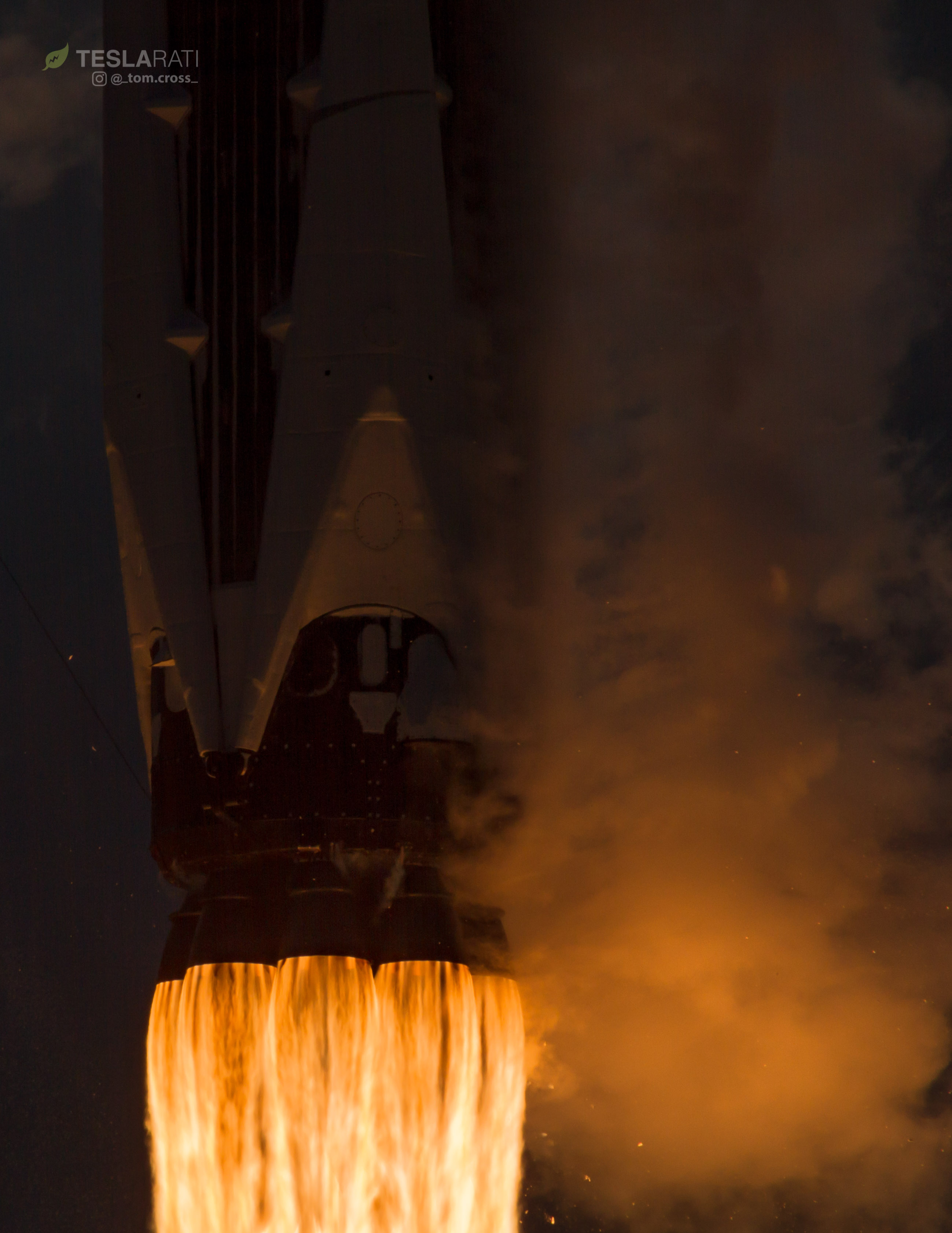 1039 CRS14 launch closeup 3 (Tom Cross)