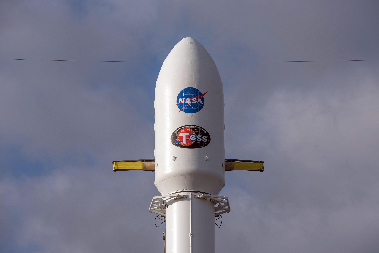 1045 fairing closeup (SpaceX)