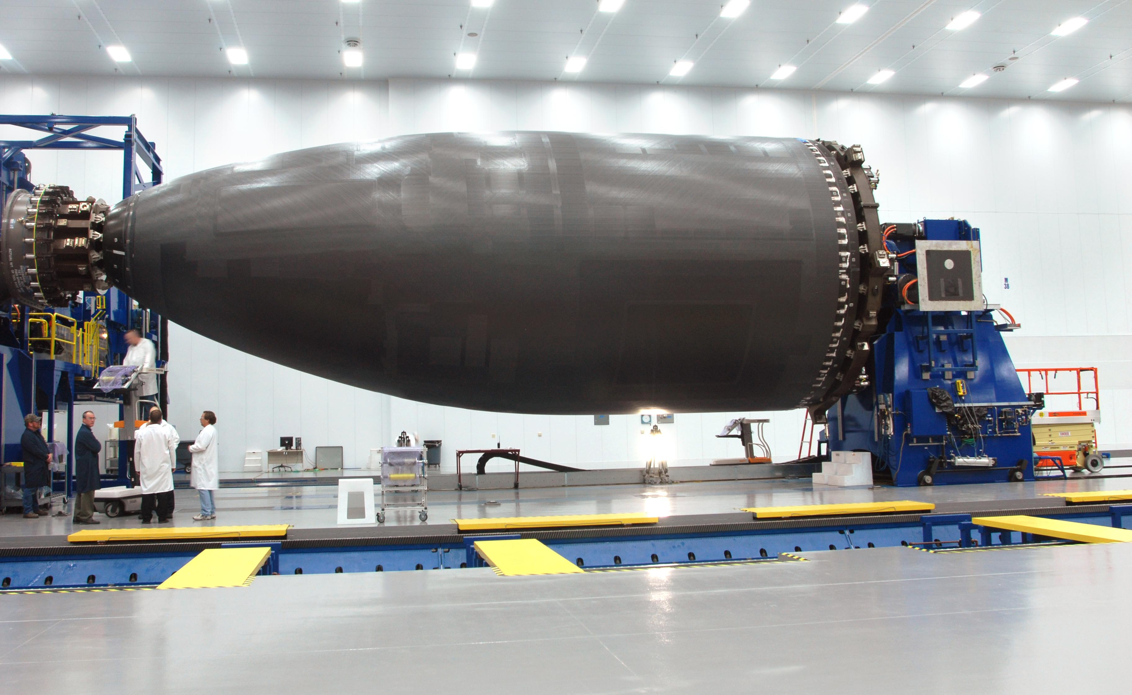 Forward fuselage of the 787 on a mandrel. Credit: Boeing.