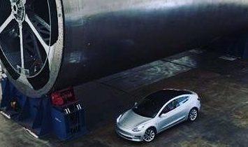 BFS main body fabrication (Elon Musk)