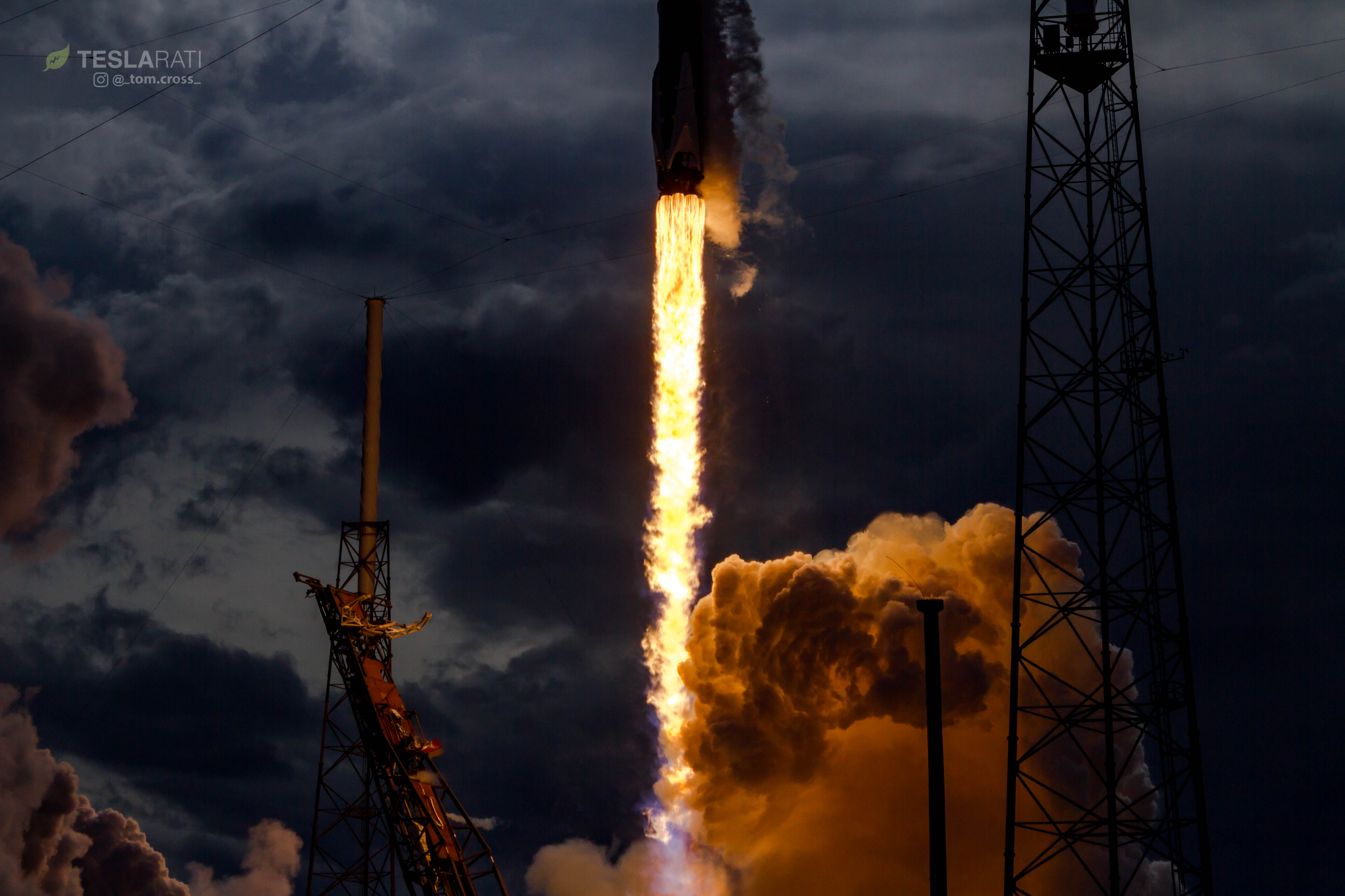 Falcon 9 1039 CRS14 sequence 5 (Tom Cross)