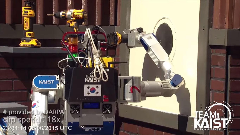 KAIST DARPA robot 5 [Credit: HuboLab KAIST/YouTube]