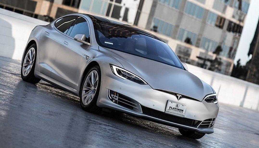 Tesla >> Tesla Model S Gets Kanye West Endorsement Funnest Car I Ve Ever