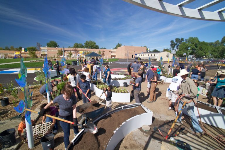Kimbal Musk learning garden 5 [Credit: Big Green]