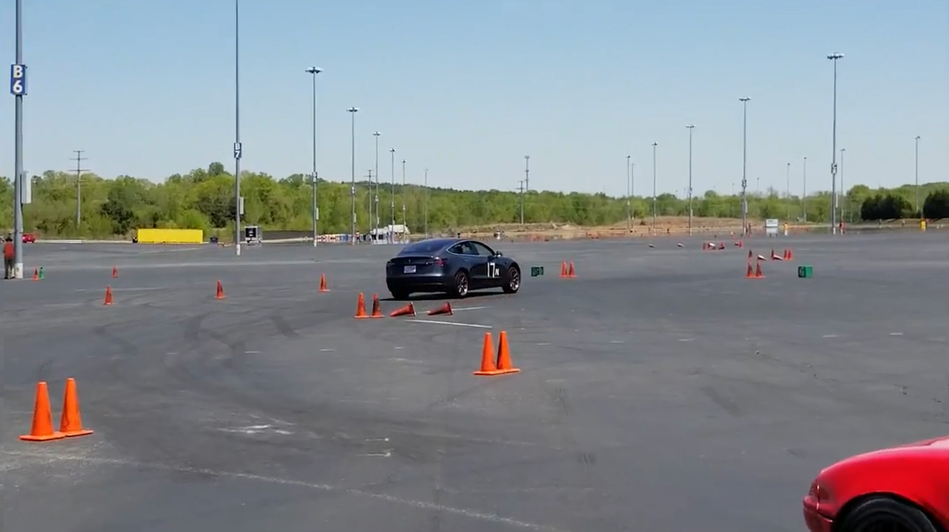 Model 3 autocross run 3 [Credit: Chestley Couch/YouTube]