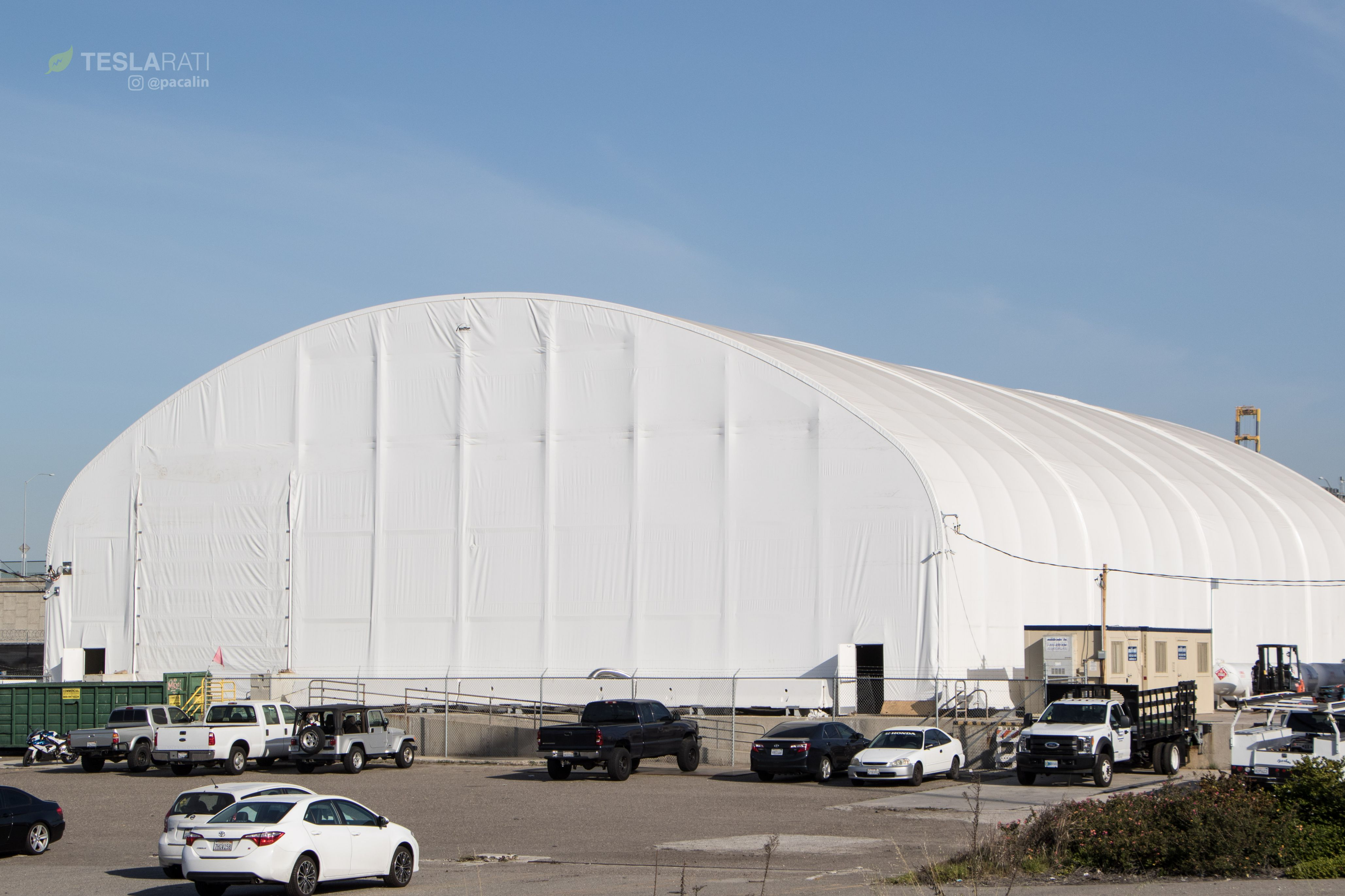 SpaceX BFR tent overview 1 (Pauline Acalin)