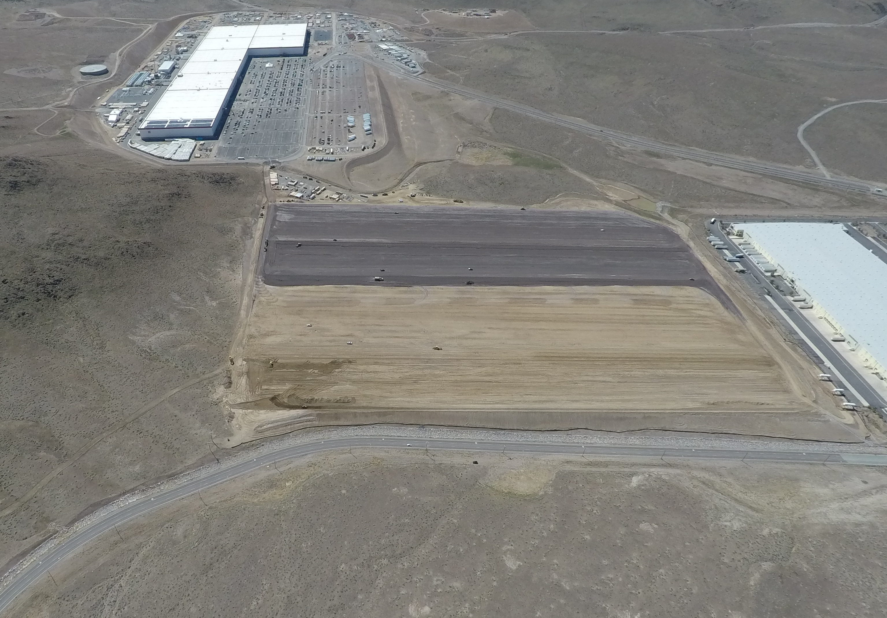 Tesla Gigafactory 1 as of 4/2018 [Credit: Teslarati]