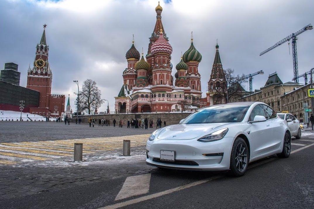 Tesla-Model-3-Russia