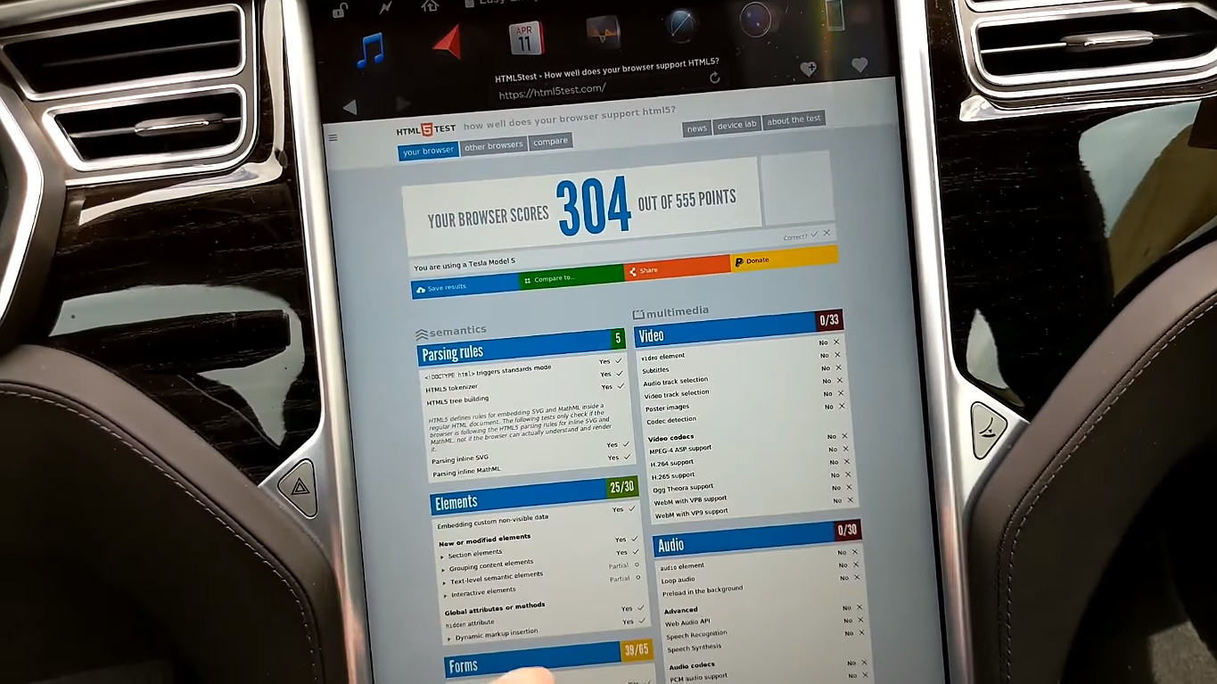 Tesla Old MCU browser update [Credit: Eddie Daniels/YouTube]