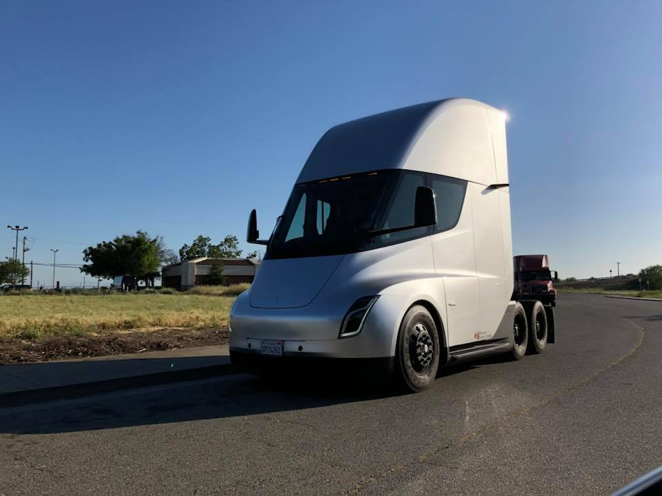 Tesla Semi Dixon CA sighting 2