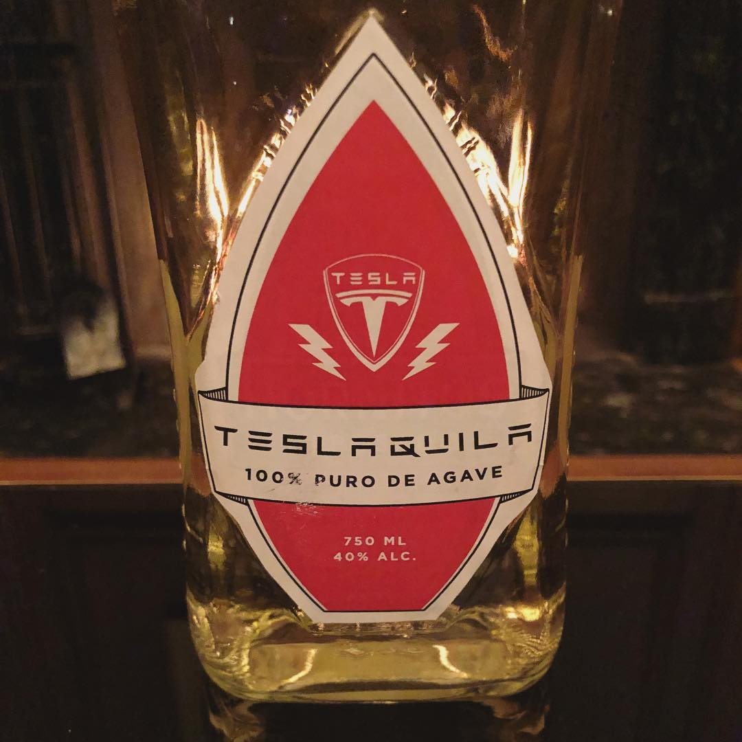 elon-musk-teslaquila-bottle