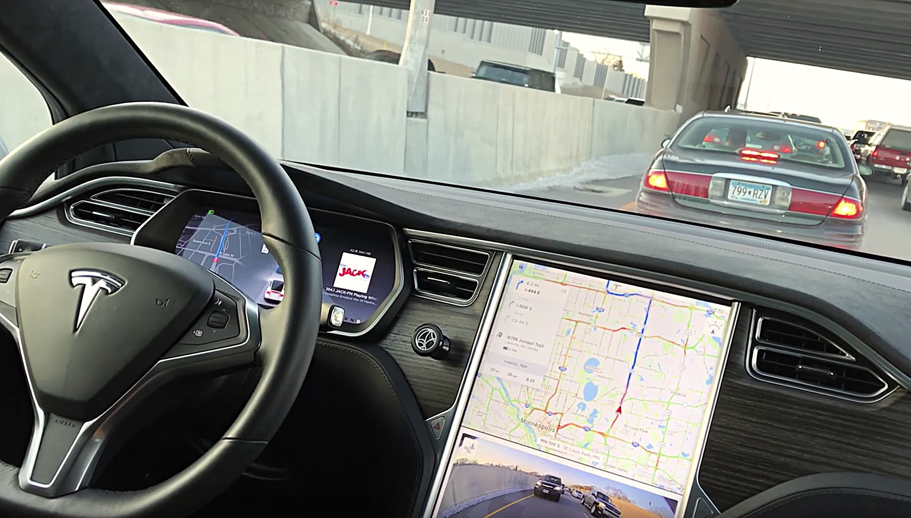 Tesla pushes Waze-like Traffic-based Navigation in latest update