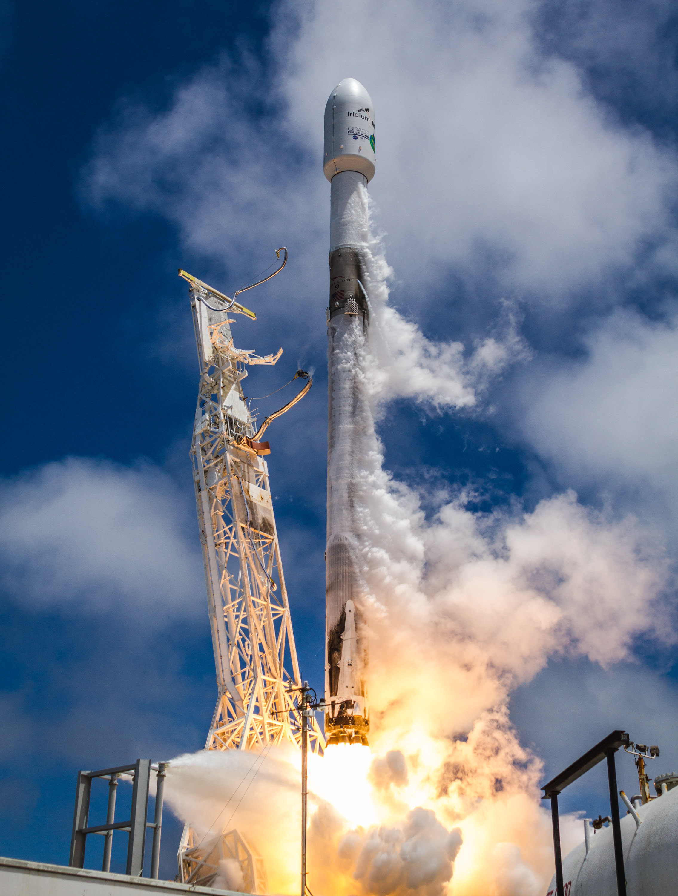 B1043 launch (SpaceX) 2