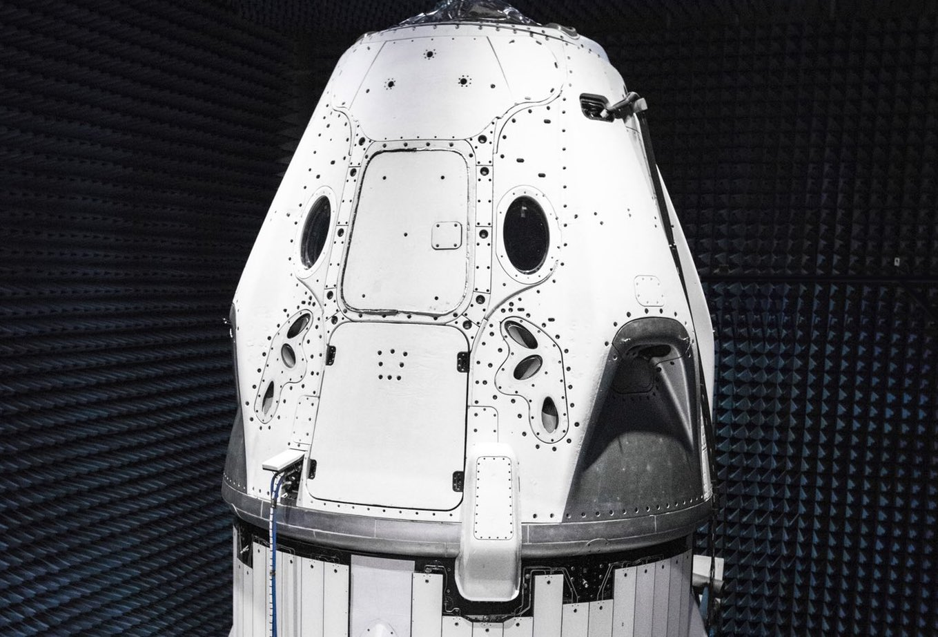 SpaceX's Crew Dragon spaceship nears first orbital launch test
