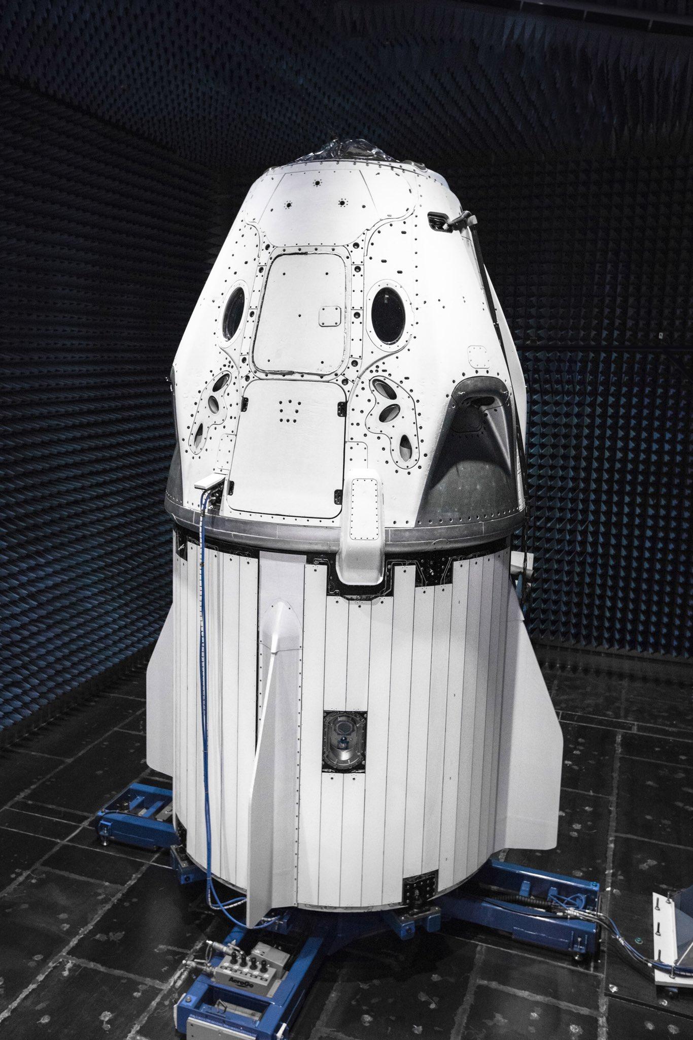 Crew Dragon Dm 1 May 2018 Spacex Teslarati