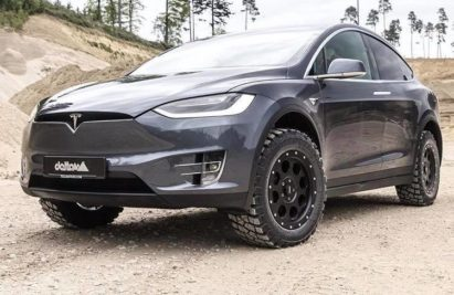 Tesla Model X looks like a beast with some off-road treatment