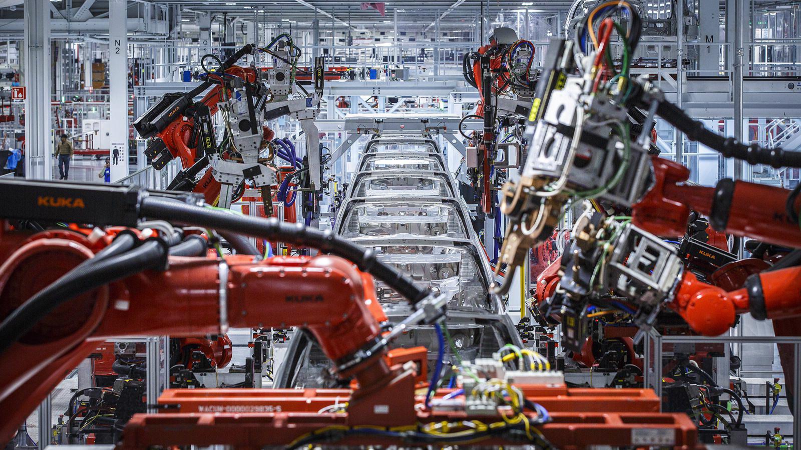 Deutsche Bank posts bullish TSLA outlook after meeting with Tesla executive