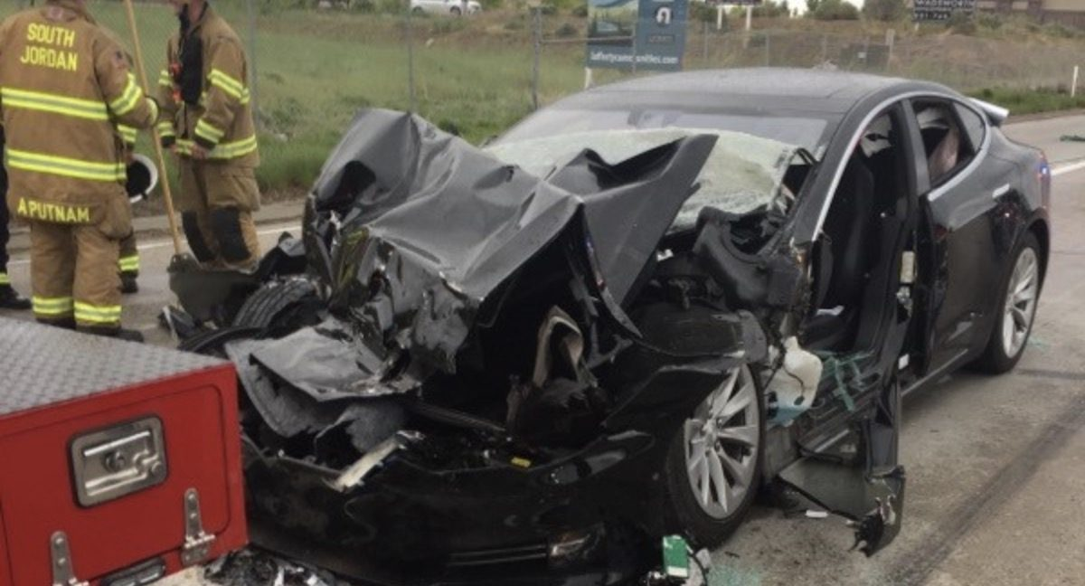 tesla-model-s-crash-utah-6